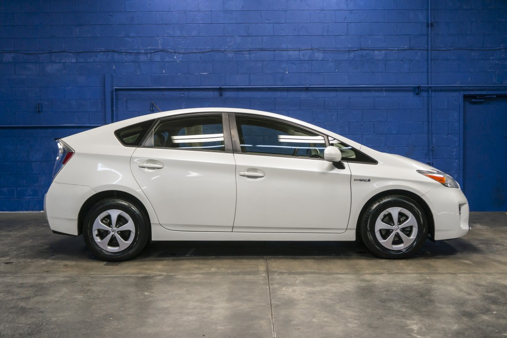 Used 2013 toyota prius fwd hybrid electric hatchback for for Prius electric motor for sale