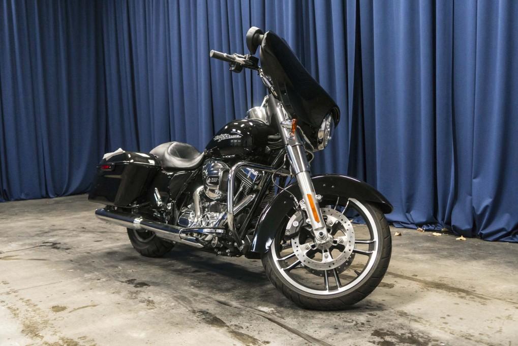 2015 Harley-Davidson Street Glide RWD