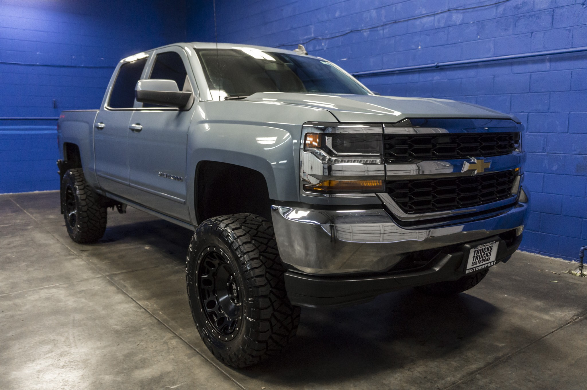 used lifted 2016 chevrolet silverado 1500 lt 4x4 truck for sale 35767. Black Bedroom Furniture Sets. Home Design Ideas
