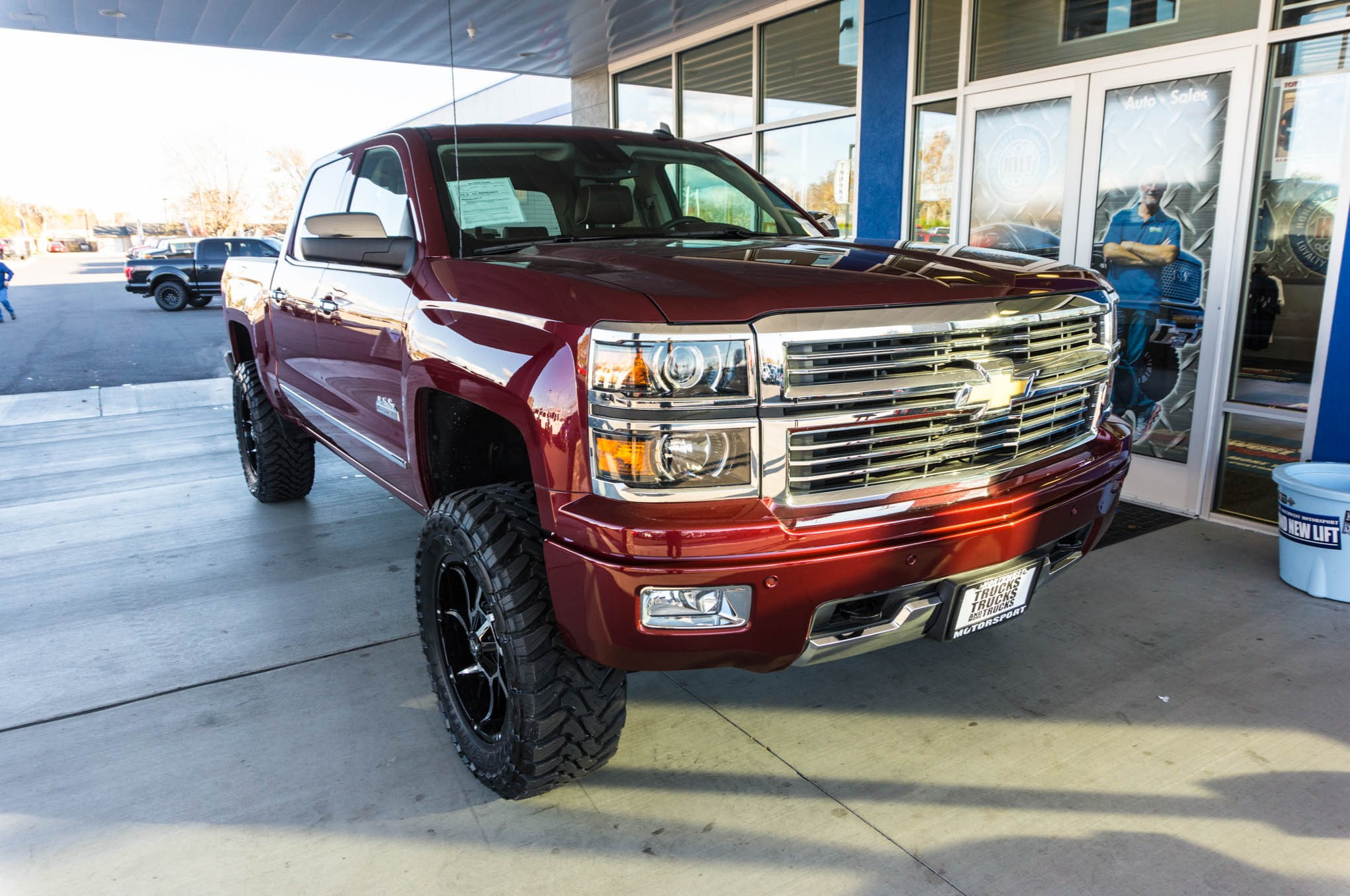 used lifted 2014 chevrolet silverado 1500 high country 4x4 truck for sale 35897. Black Bedroom Furniture Sets. Home Design Ideas