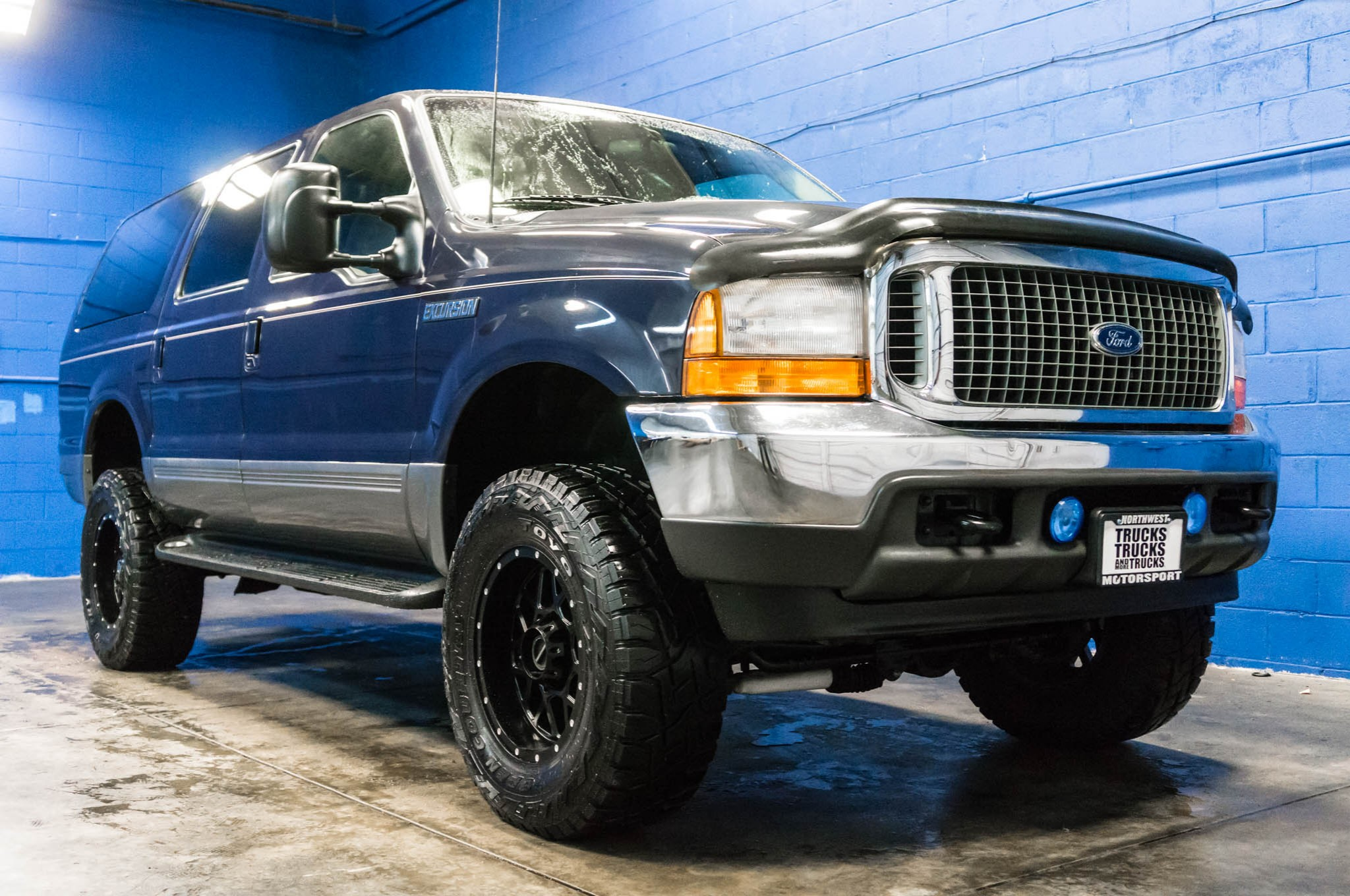 used lifted 2001 ford excursion xlt 4x4 diesel suv for sale 35959. Black Bedroom Furniture Sets. Home Design Ideas