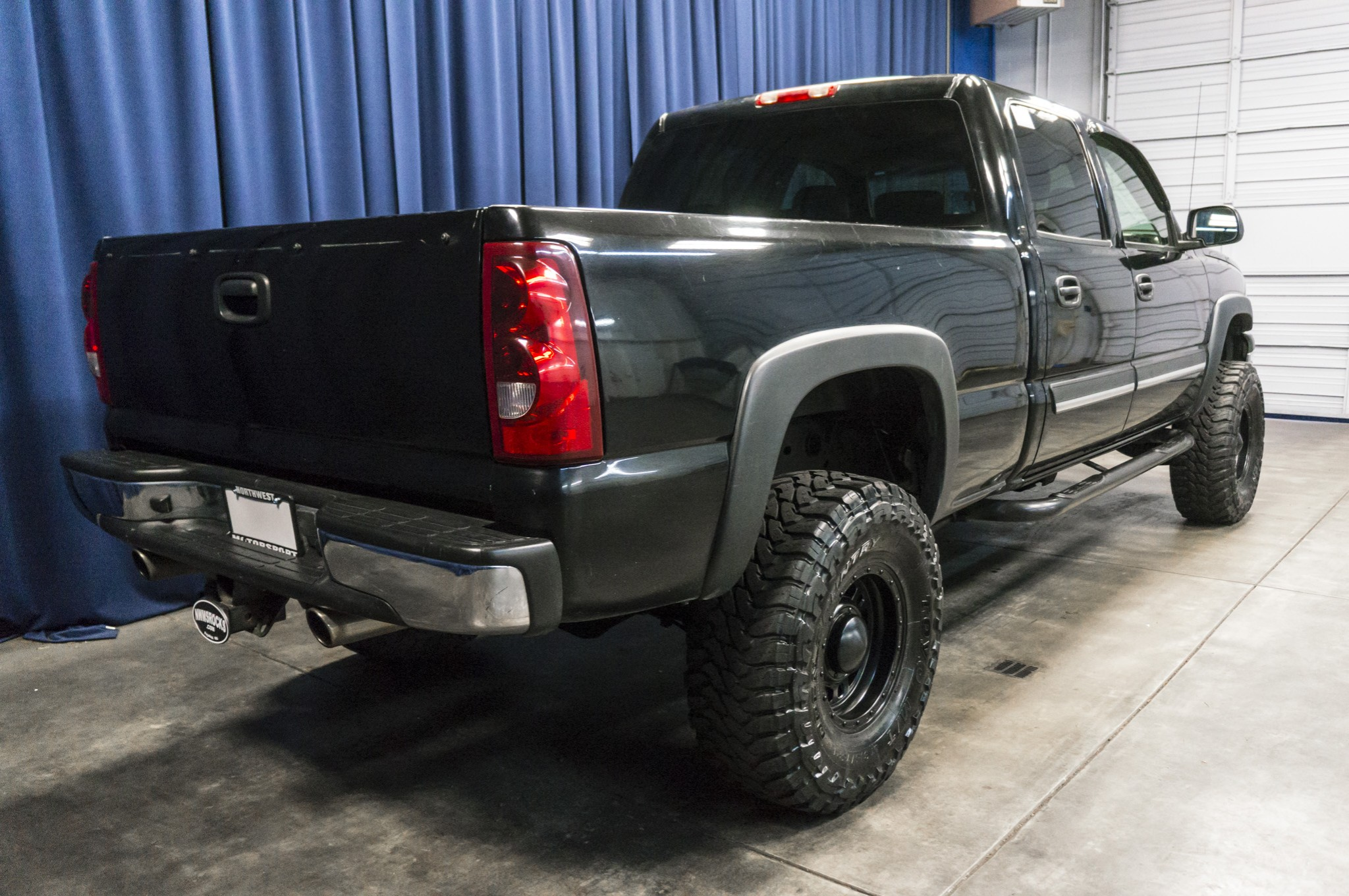 used lifted 2003 chevrolet silverado 1500 4x4 truck for sale 36287a. Black Bedroom Furniture Sets. Home Design Ideas