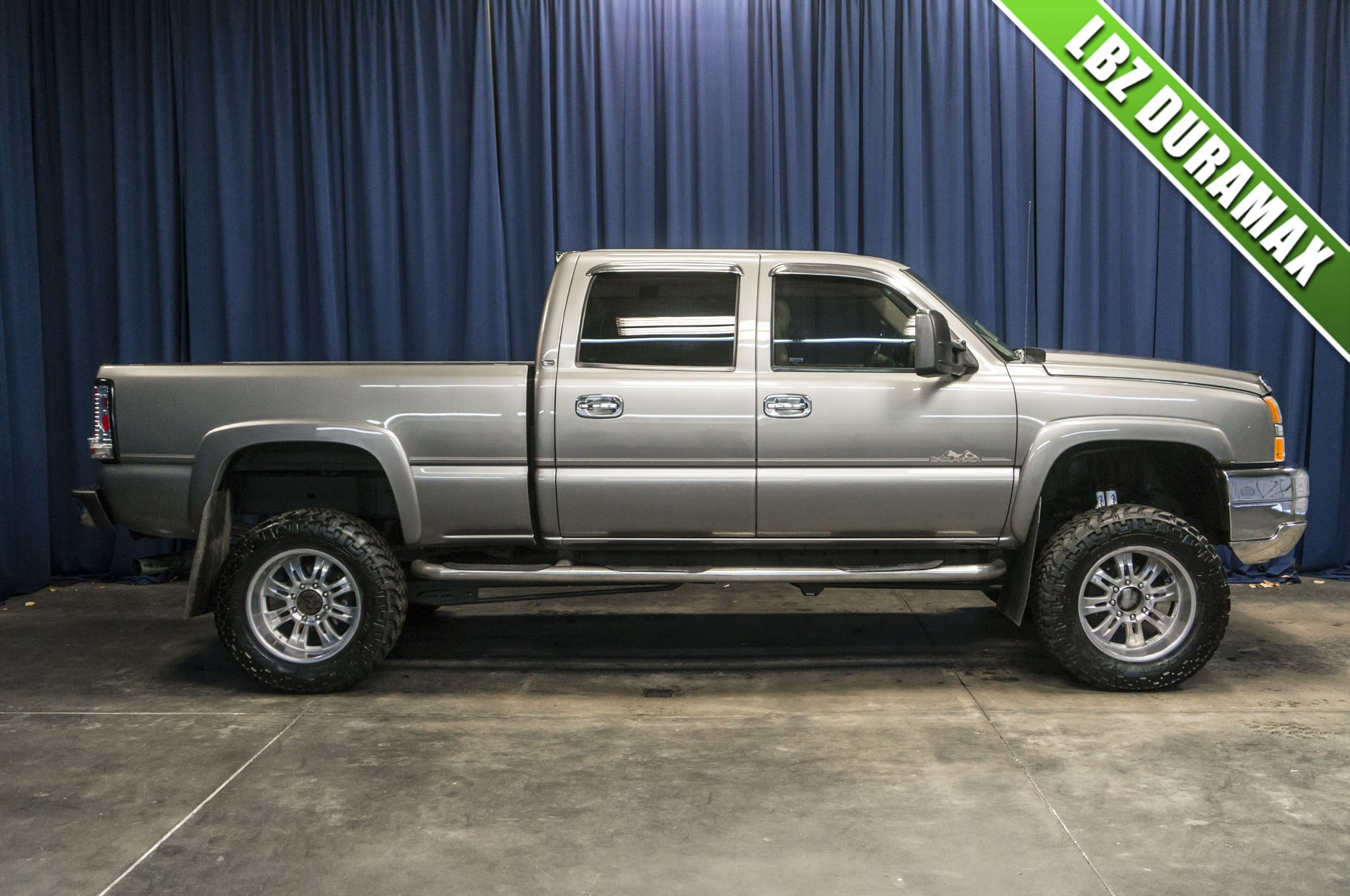 used lifted 2006 chevrolet silverado 6 6 lbz duramax. Black Bedroom Furniture Sets. Home Design Ideas