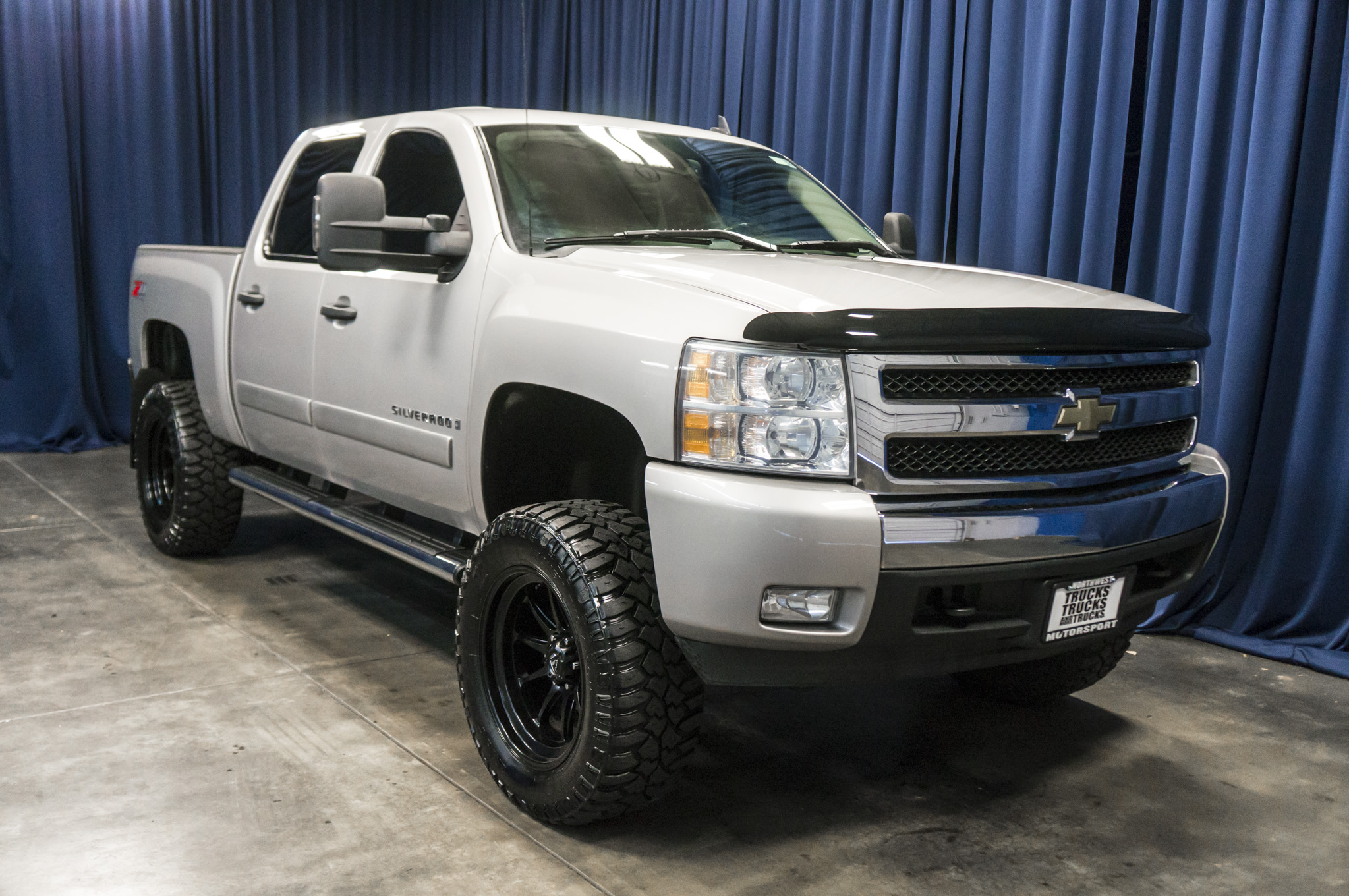 used lifted 2008 chevrolet silverado 1500 lt 4x4 truck for sale 36694a. Black Bedroom Furniture Sets. Home Design Ideas