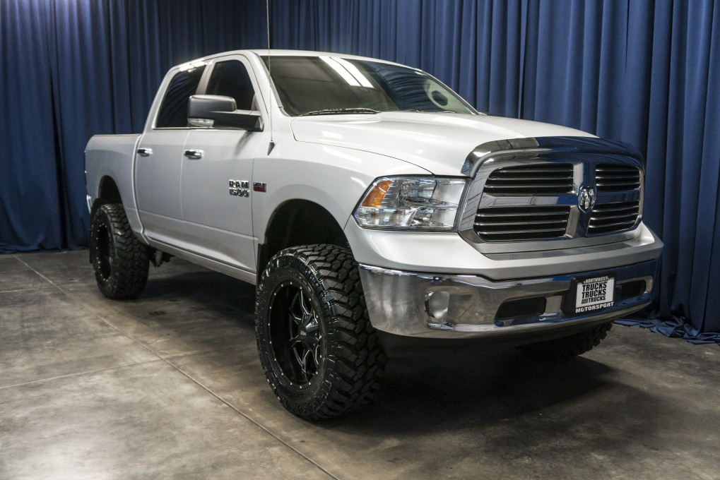 used lifted 2013 dodge ram 1500 big horn 4x4 truck for sale 37027. Black Bedroom Furniture Sets. Home Design Ideas