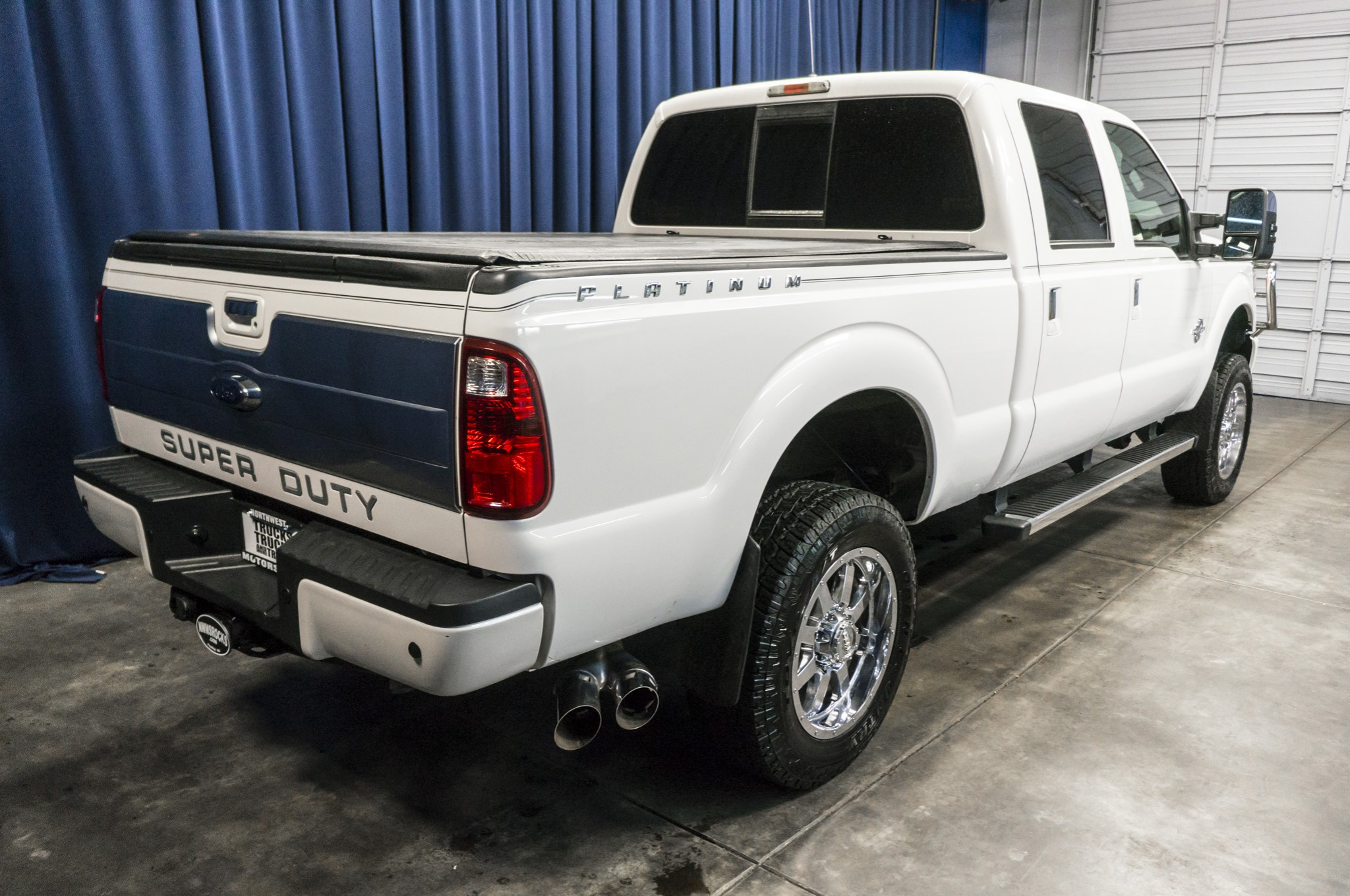 used 2014 ford f 250 platinum 4x4 diesel truck for sale 37172. Black Bedroom Furniture Sets. Home Design Ideas