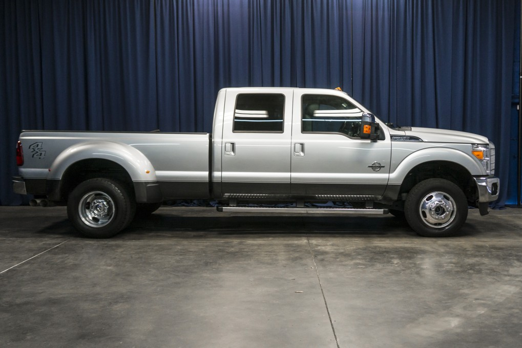 2016 Ford F-350 Lariat Dually 4x4