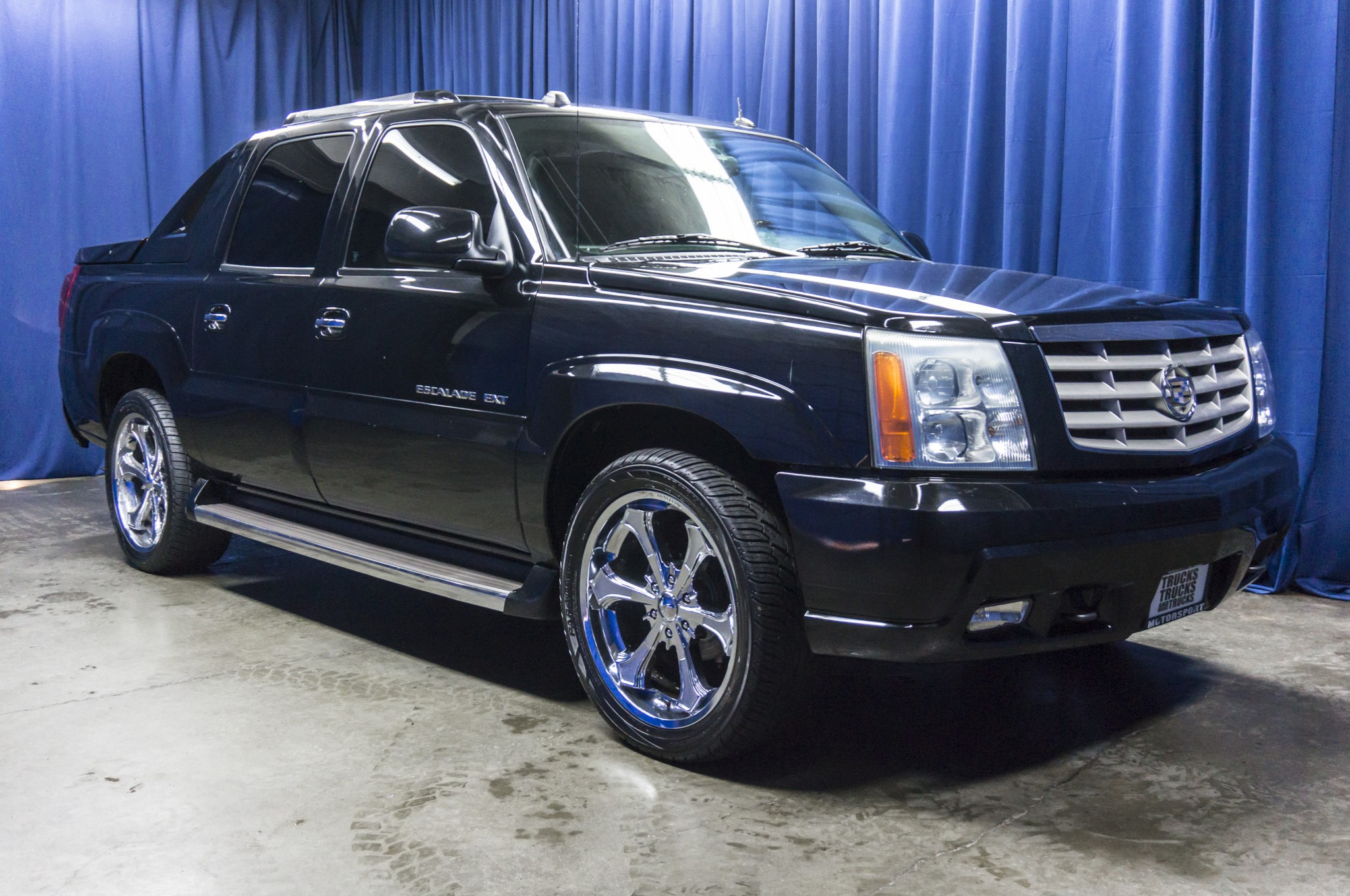 on offers suv escalade cadillac lincoln h sale targets discount for news