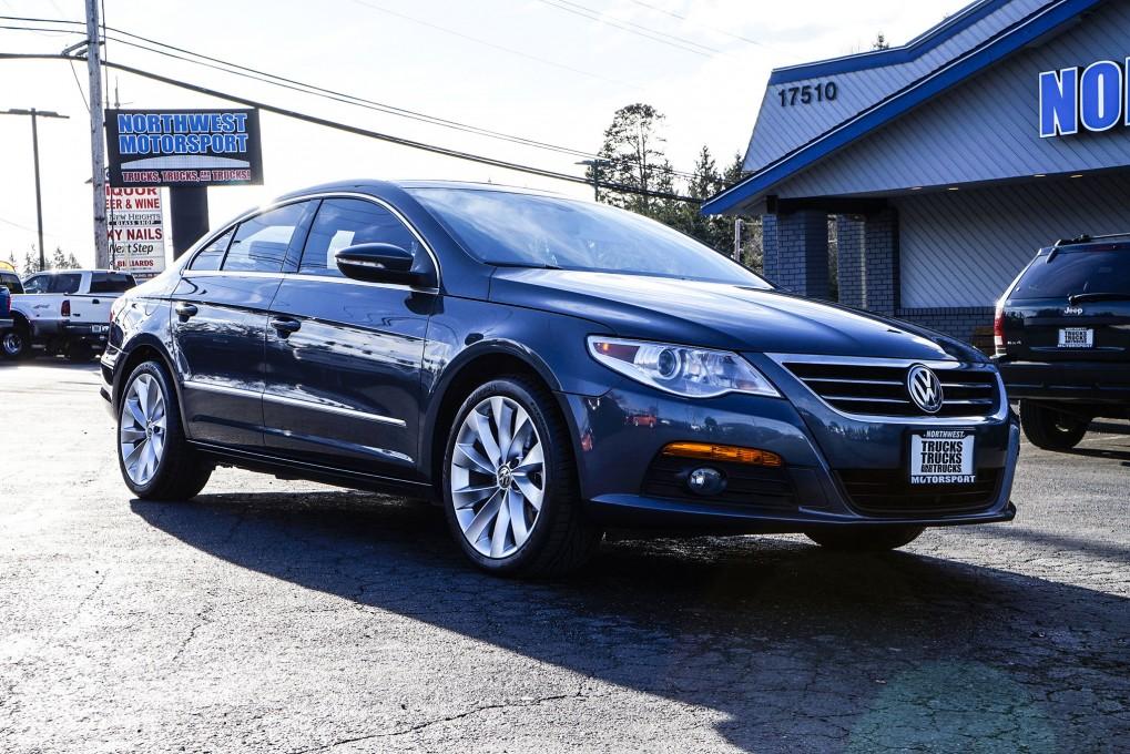 2011 Volkswagen CC Luxury FWD