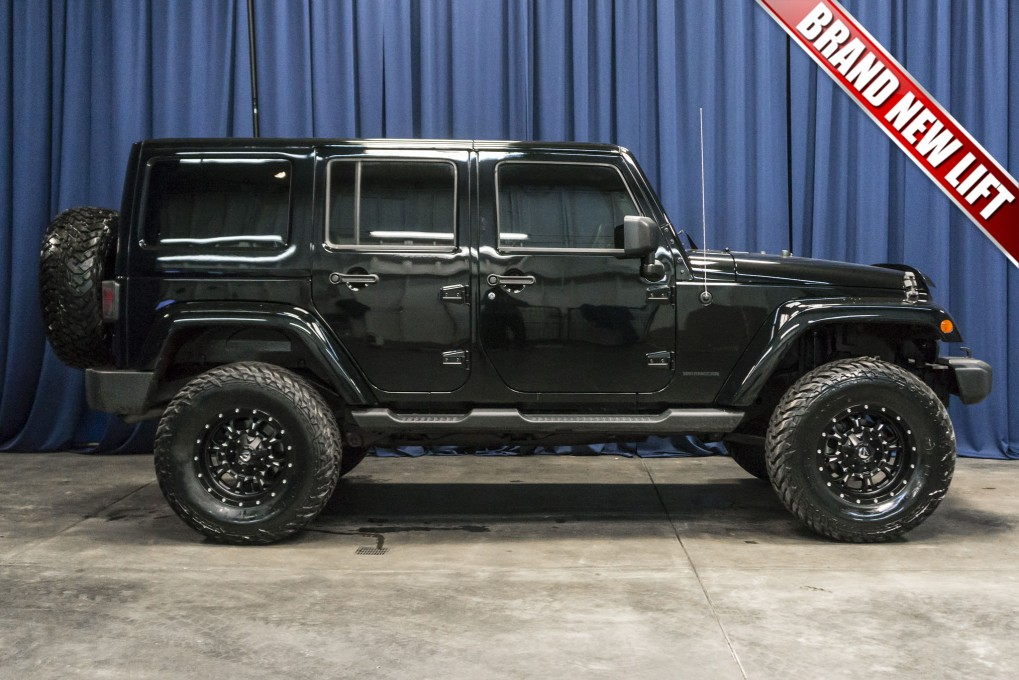 Used Lifted 2014 Jeep Wrangler Unlimited Sahara 4x4 Suv