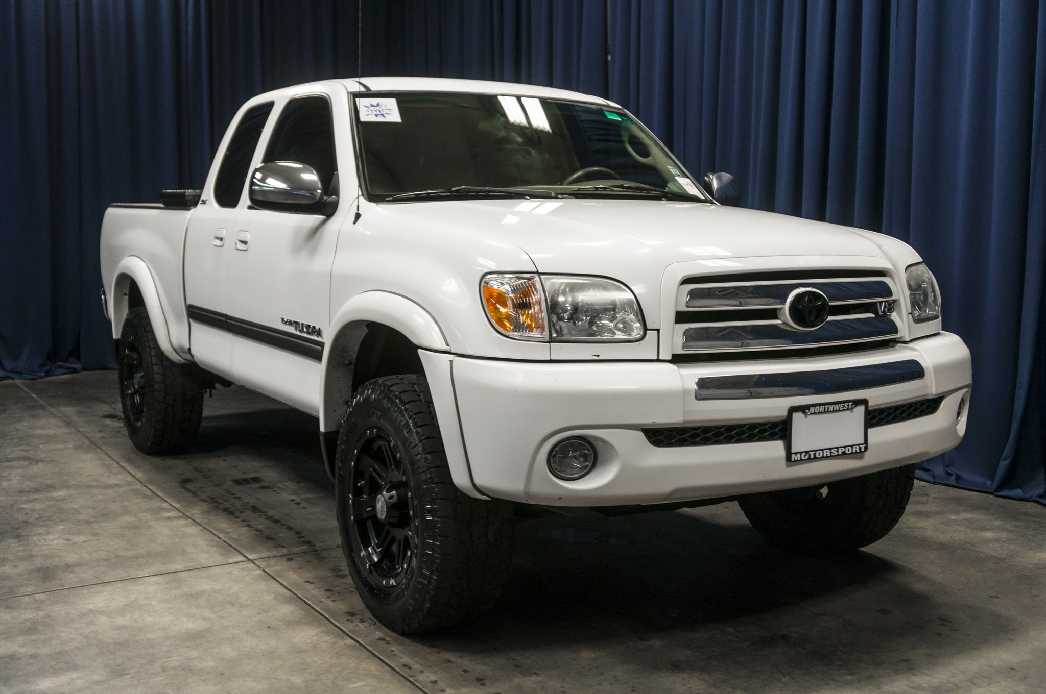 used lifted 2006 toyota tundra 4x4 truck for sale 37638b. Black Bedroom Furniture Sets. Home Design Ideas
