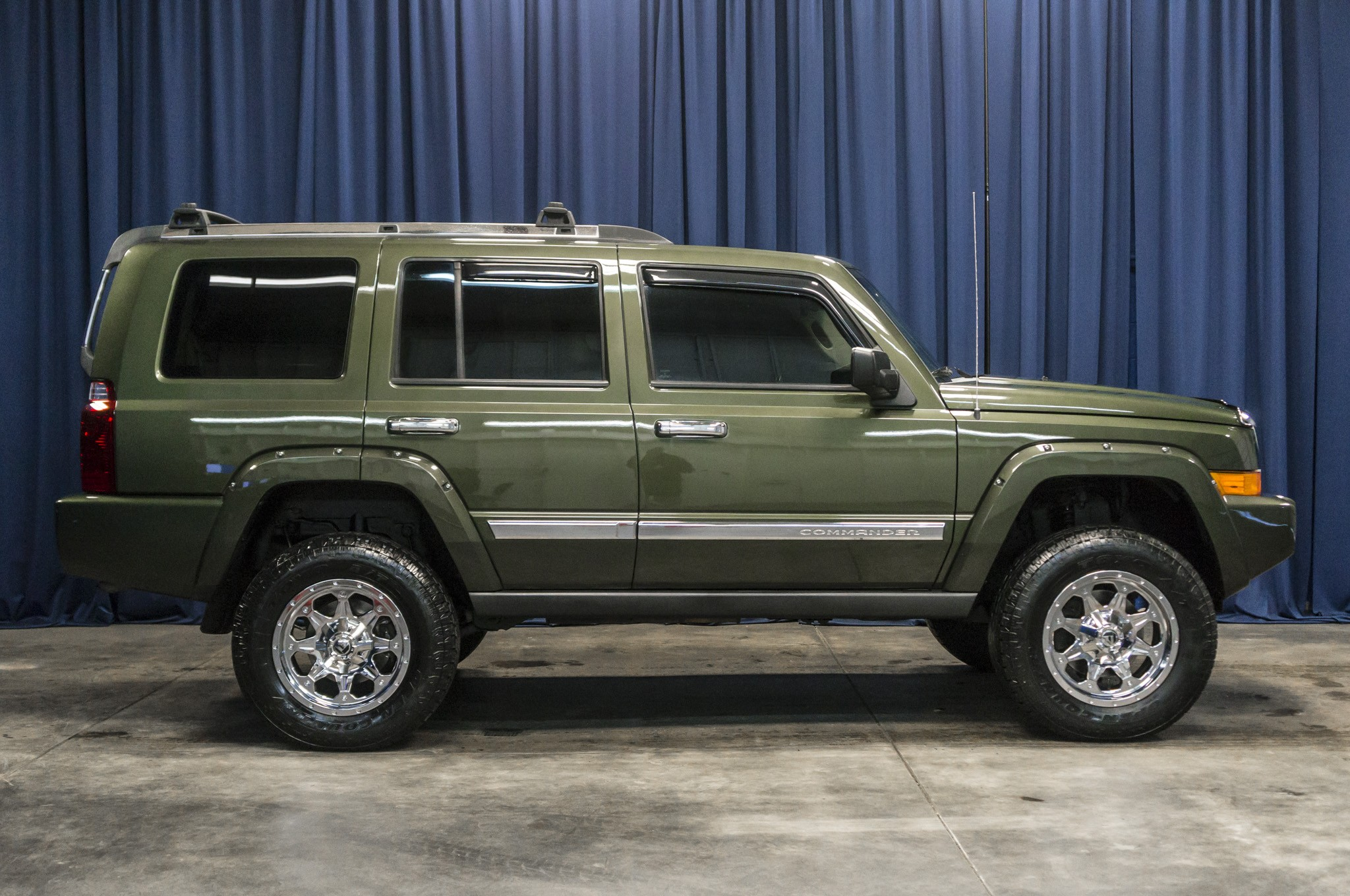 Used Lifted 2006 Jeep Commander Limited 4x4 SUV For Sale ...