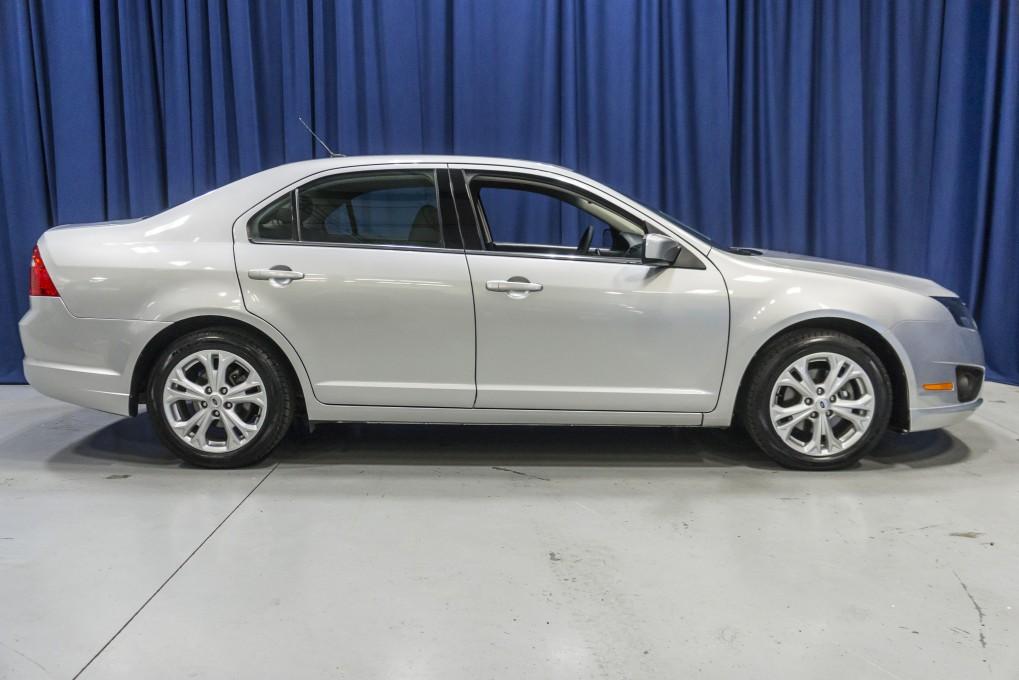 used 2012 ford fusion se fwd sedan for sale northwest motorsport. Black Bedroom Furniture Sets. Home Design Ideas