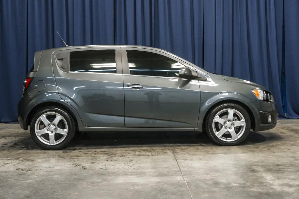 used 2013 chevrolet sonic ltz fwd hatchback for sale northwest motorsport. Black Bedroom Furniture Sets. Home Design Ideas
