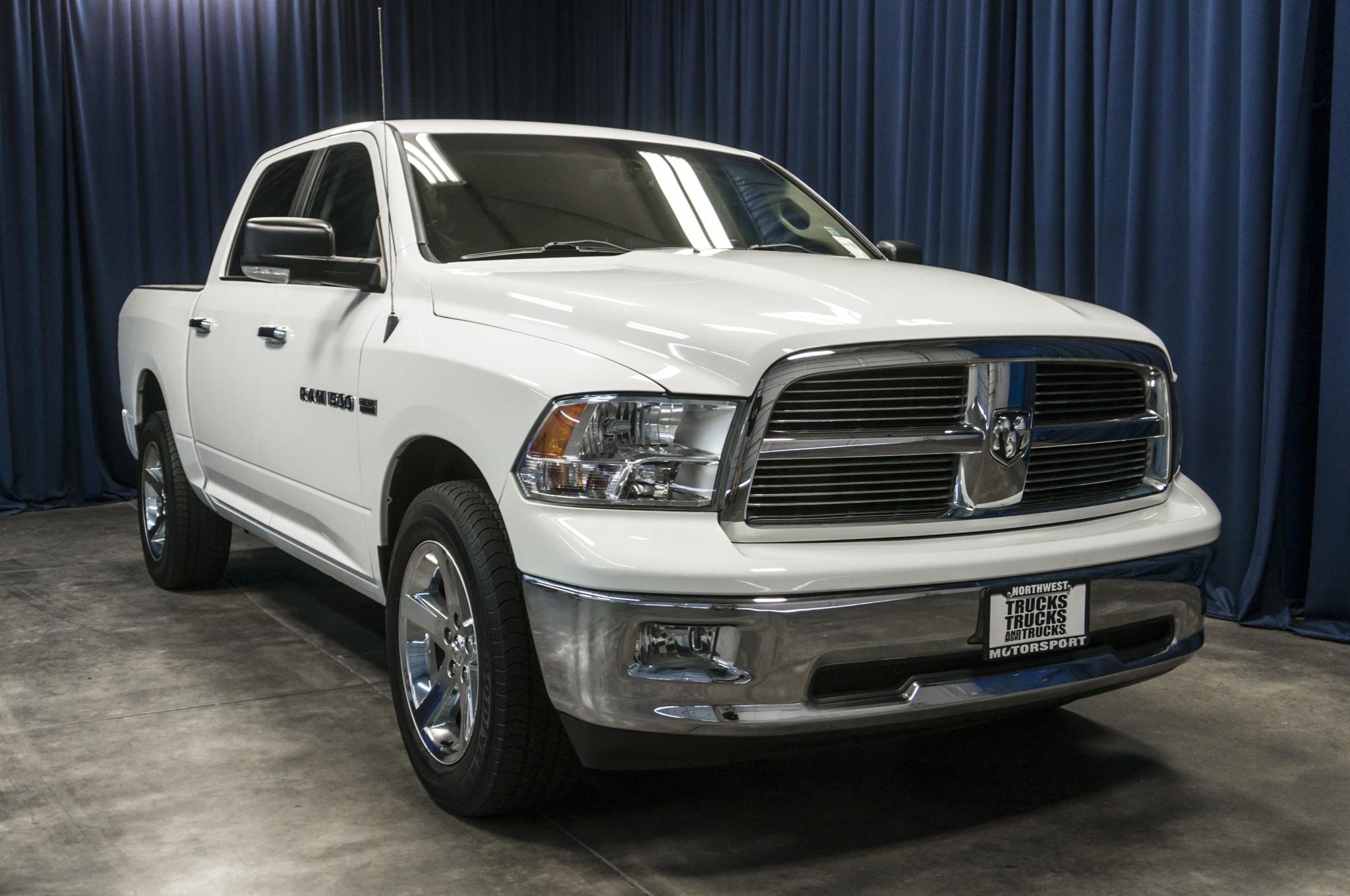 used 2011 dodge ram 1500 big horn 4x4 truck for sale 39560a. Black Bedroom Furniture Sets. Home Design Ideas