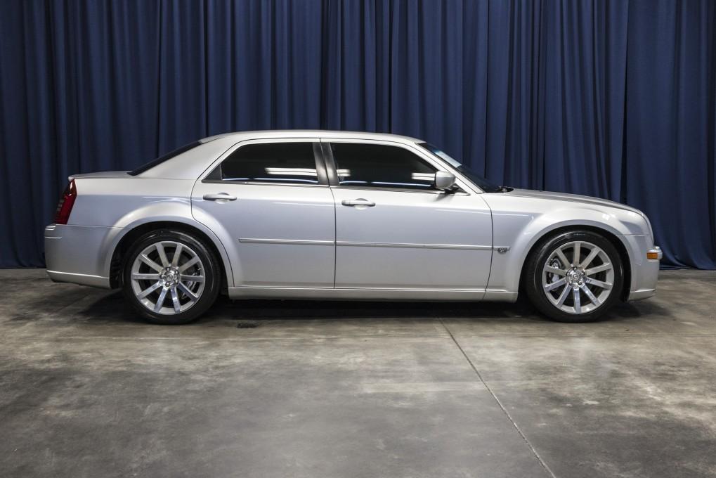 used 2006 chrysler 300 srt 8 rwd sedan for sale northwest motorsport. Black Bedroom Furniture Sets. Home Design Ideas