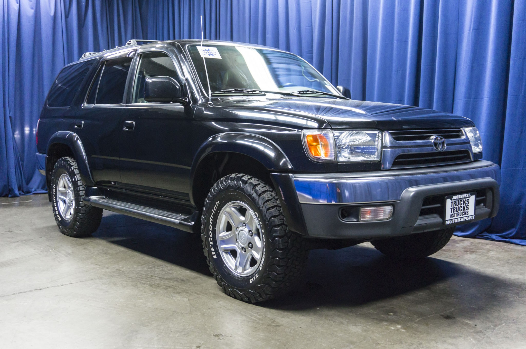 used toyota 4runner for sale used 1999 toyota 4runner limited 4x4 suv for sale 40541a used. Black Bedroom Furniture Sets. Home Design Ideas