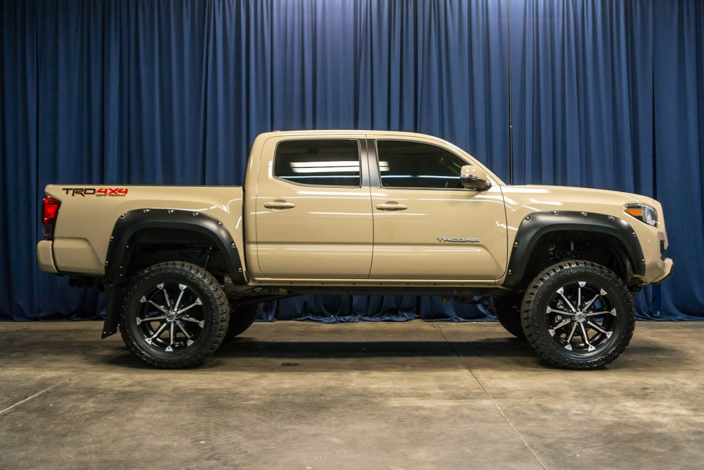 Used Lifted 2016 Toyota Tacoma 4x4 Truck For Sale