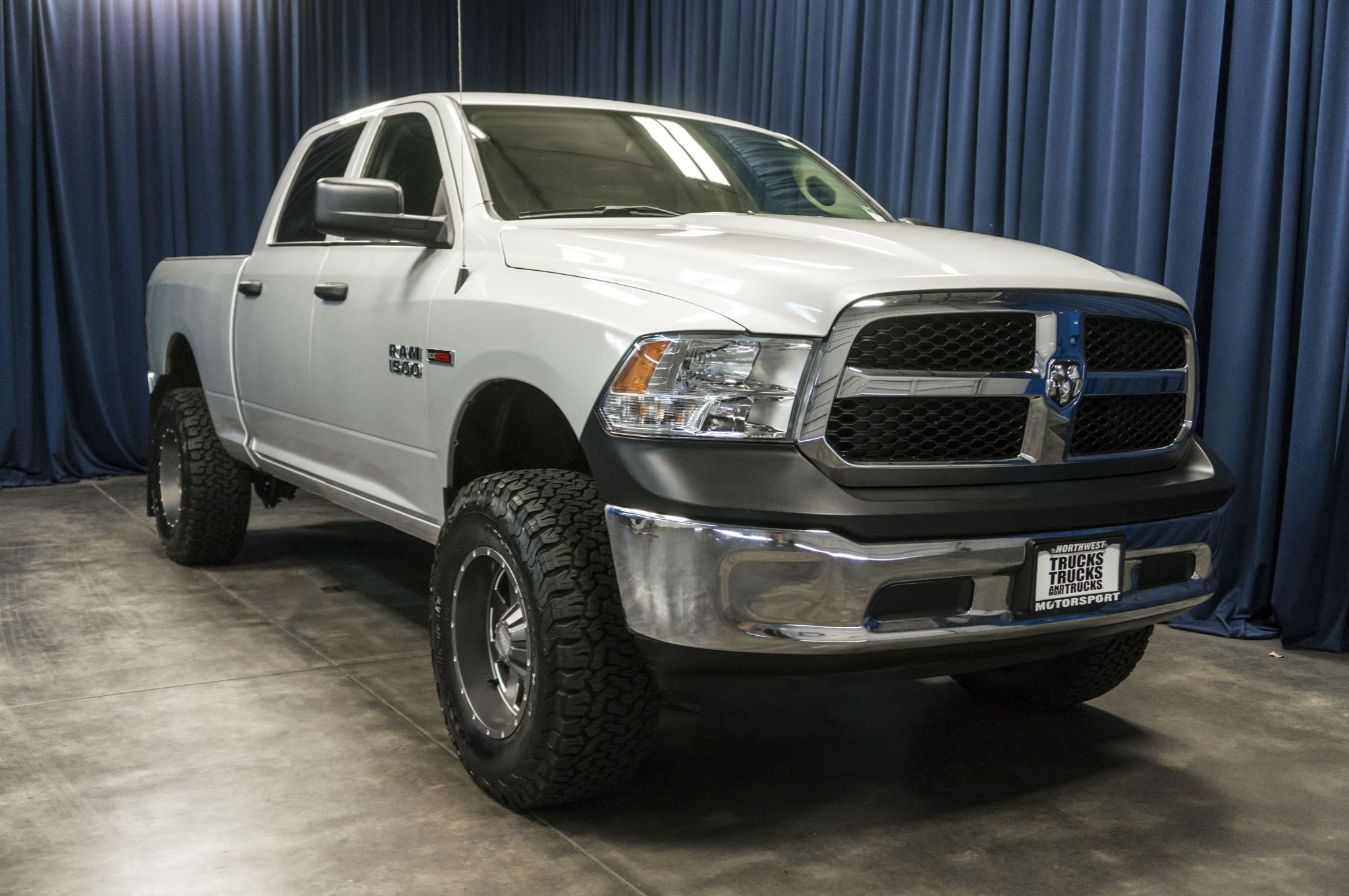 Used Lifted 2016 Dodge Ram 1500 4x4 Diesel Truck For Sale