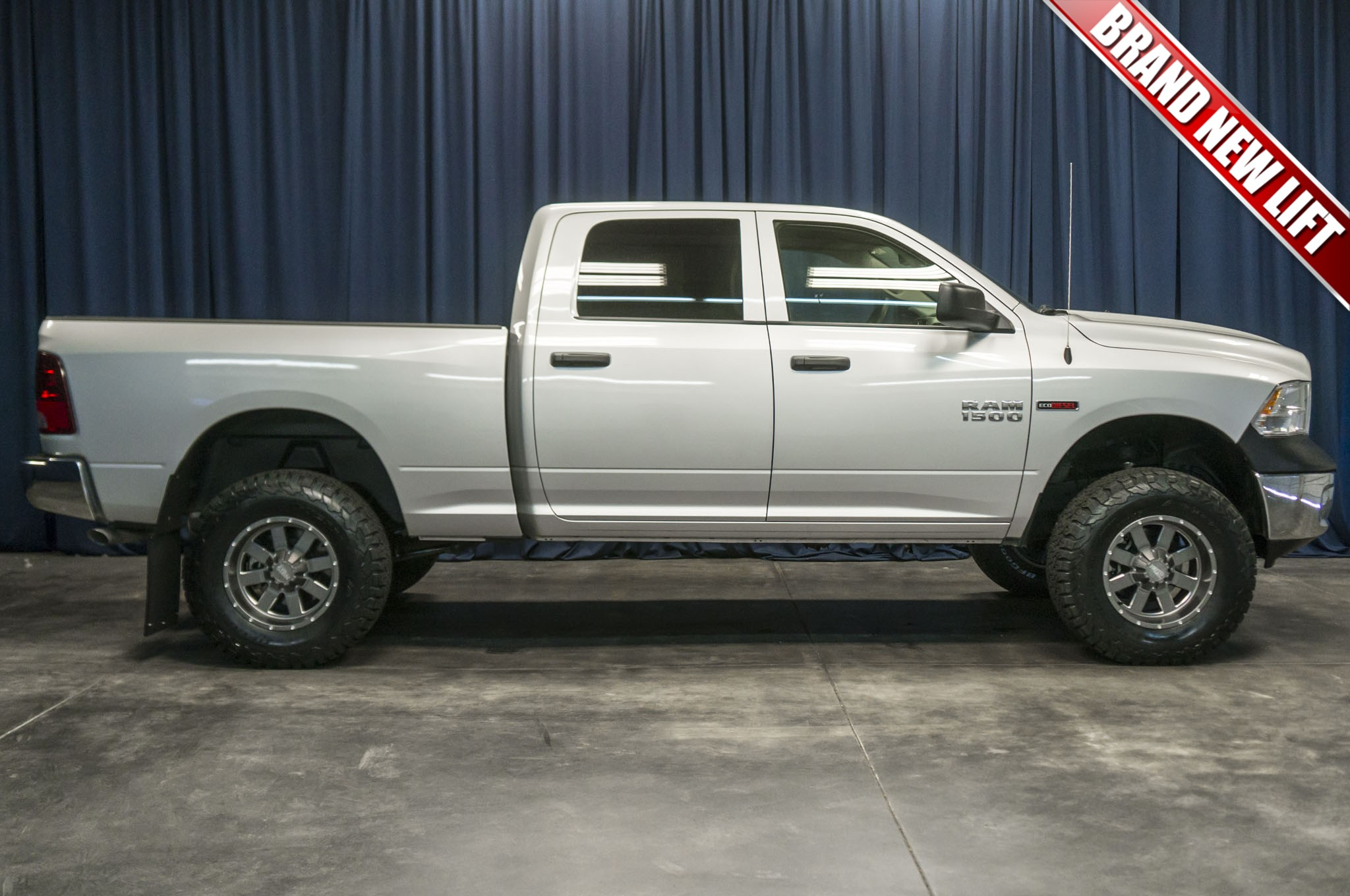 view first en for laramie drive sale ecodiesel dodge ram motor news trend front