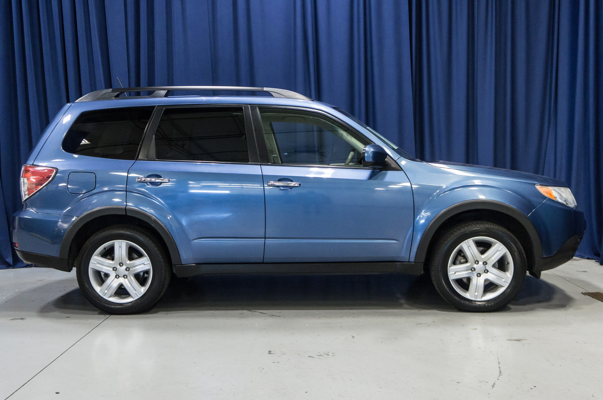 used 2010 subaru forester 2 5x limited awd suv for sale 41707. Black Bedroom Furniture Sets. Home Design Ideas