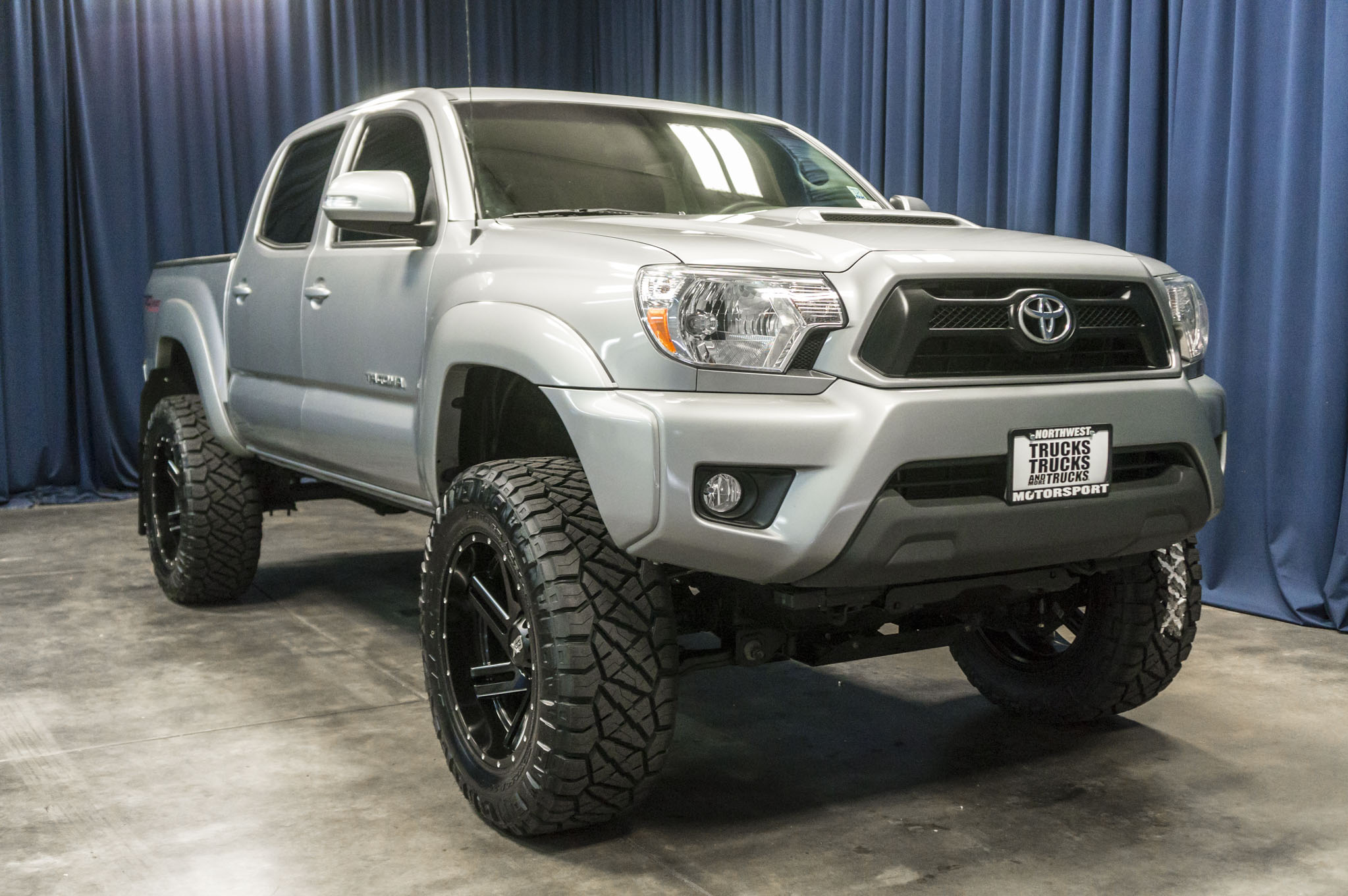 sport city angularfront auto silverskymetallic in twin trd herculaneum tacoma mo toyota new