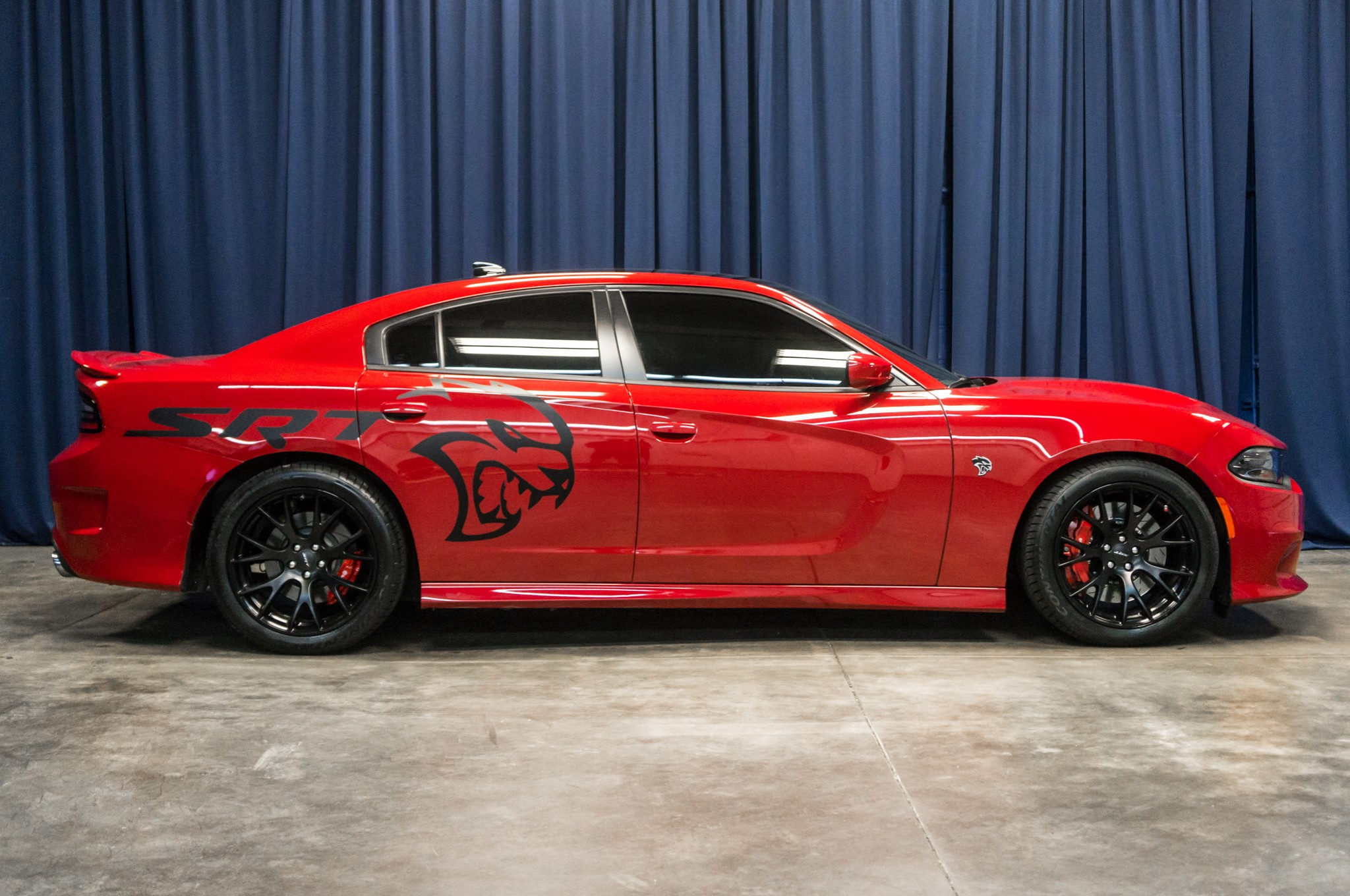 used 2016 dodge charger srt hellcat rwd sedan for sale 41865. Black Bedroom Furniture Sets. Home Design Ideas
