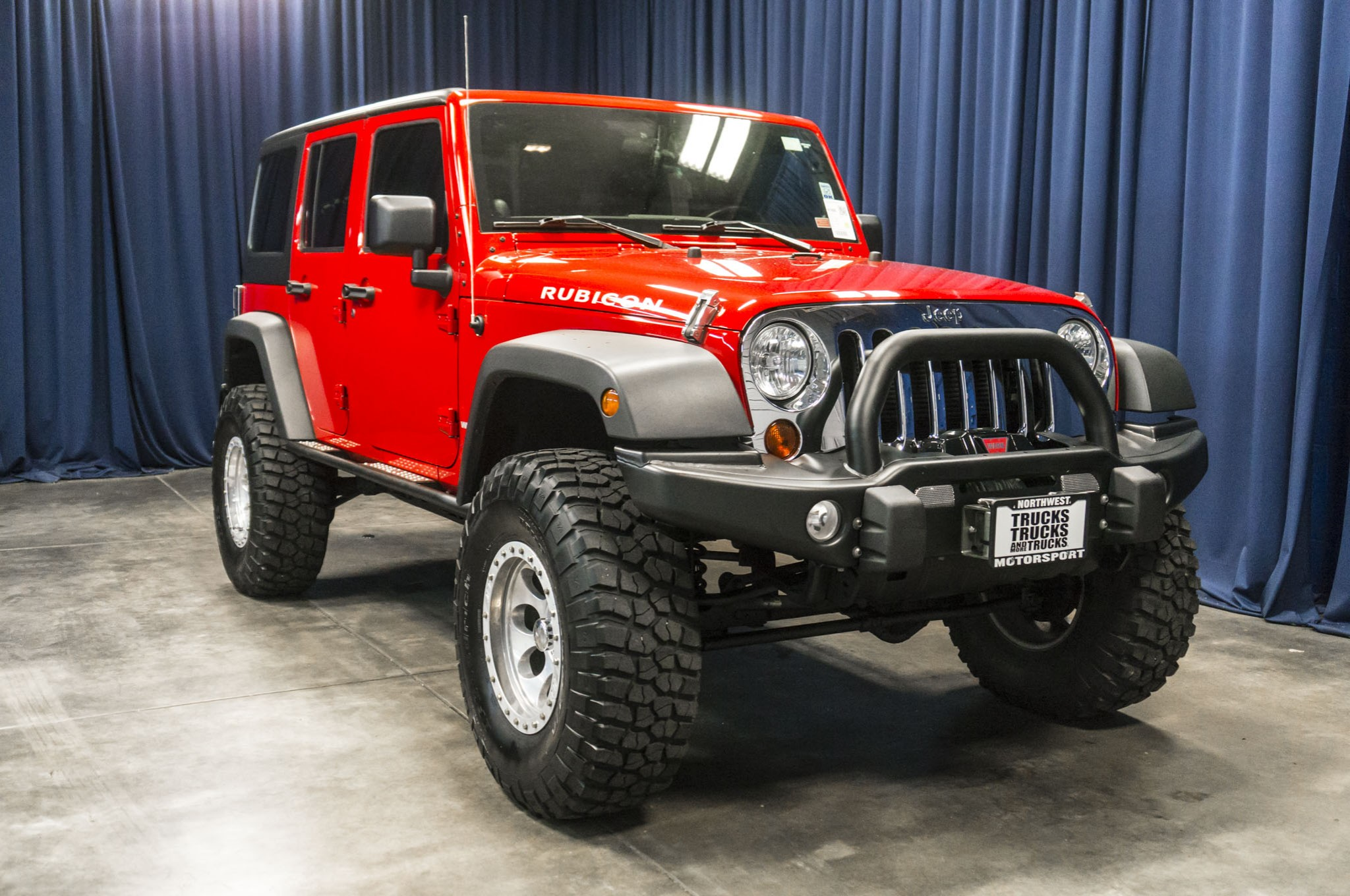 used lifted 2012 jeep wrangler unlimited rubicon 4x4 suv for sale 41895. Black Bedroom Furniture Sets. Home Design Ideas