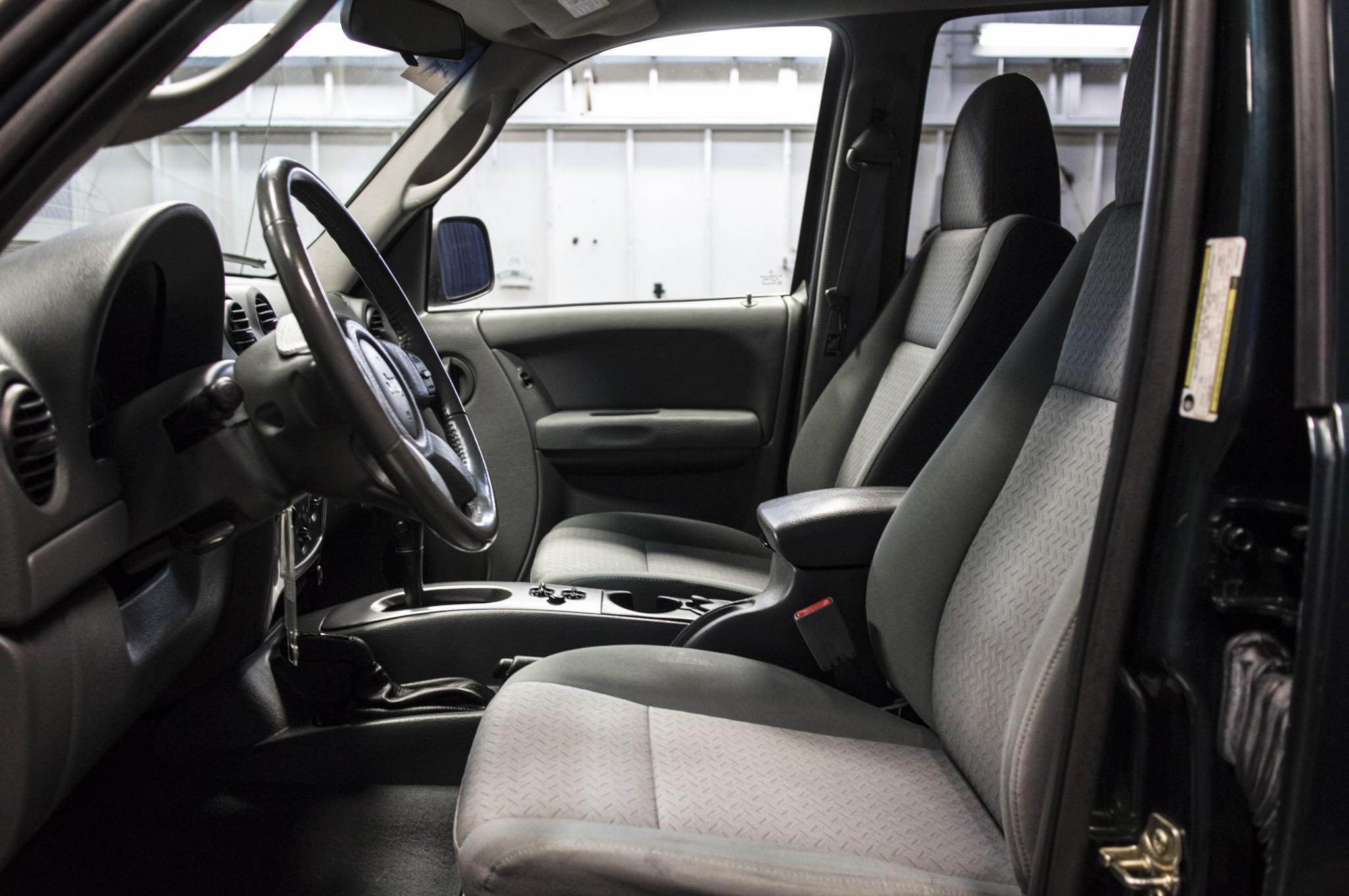 2005 jeep liberty renegade 4x4 - northwest motorsport
