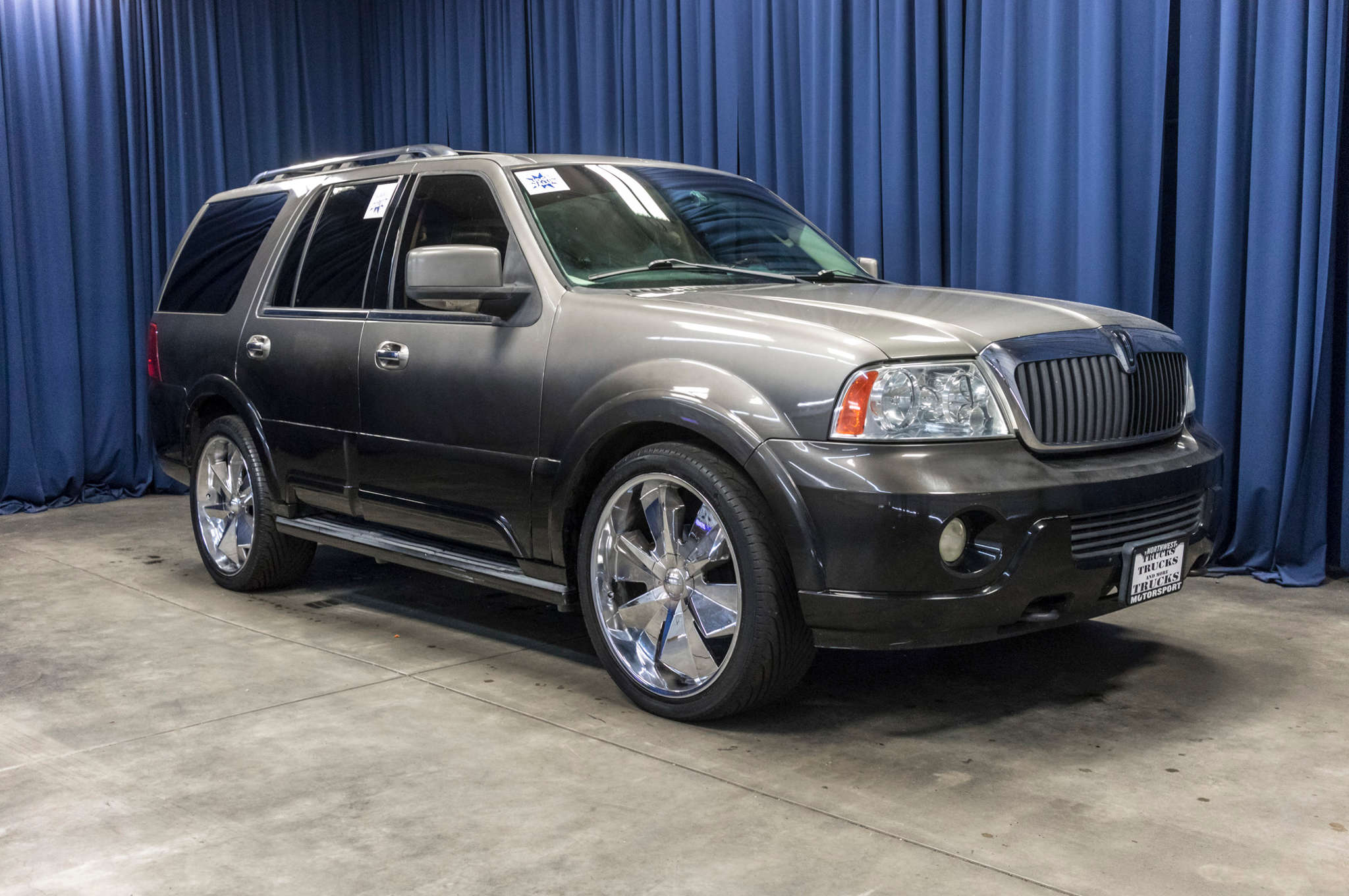 used lincoln for navigator in rouge baton image sold img la sale vehicle