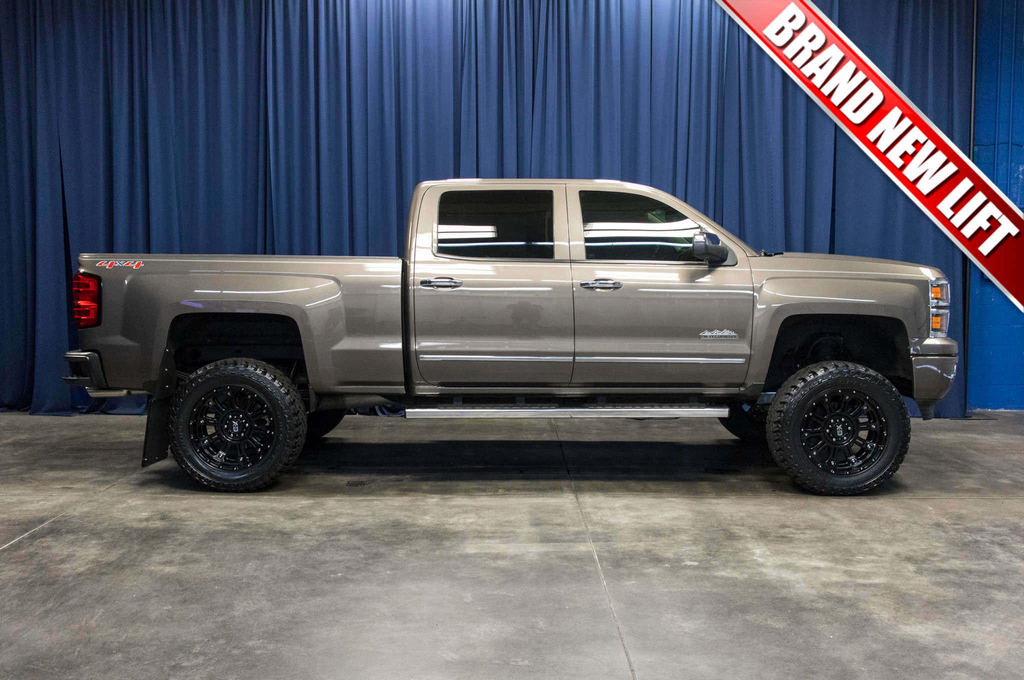 2014 Chevy Silverado Lifted >> Used Lifted 2014 Chevrolet Silverado 1500 High Country 4x4 Truck For