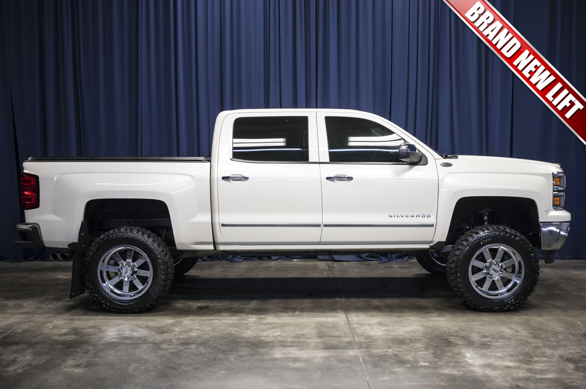 used lifted 2014 chevrolet silverado 1500 ltz 4x4 truck for sale 43822. Black Bedroom Furniture Sets. Home Design Ideas