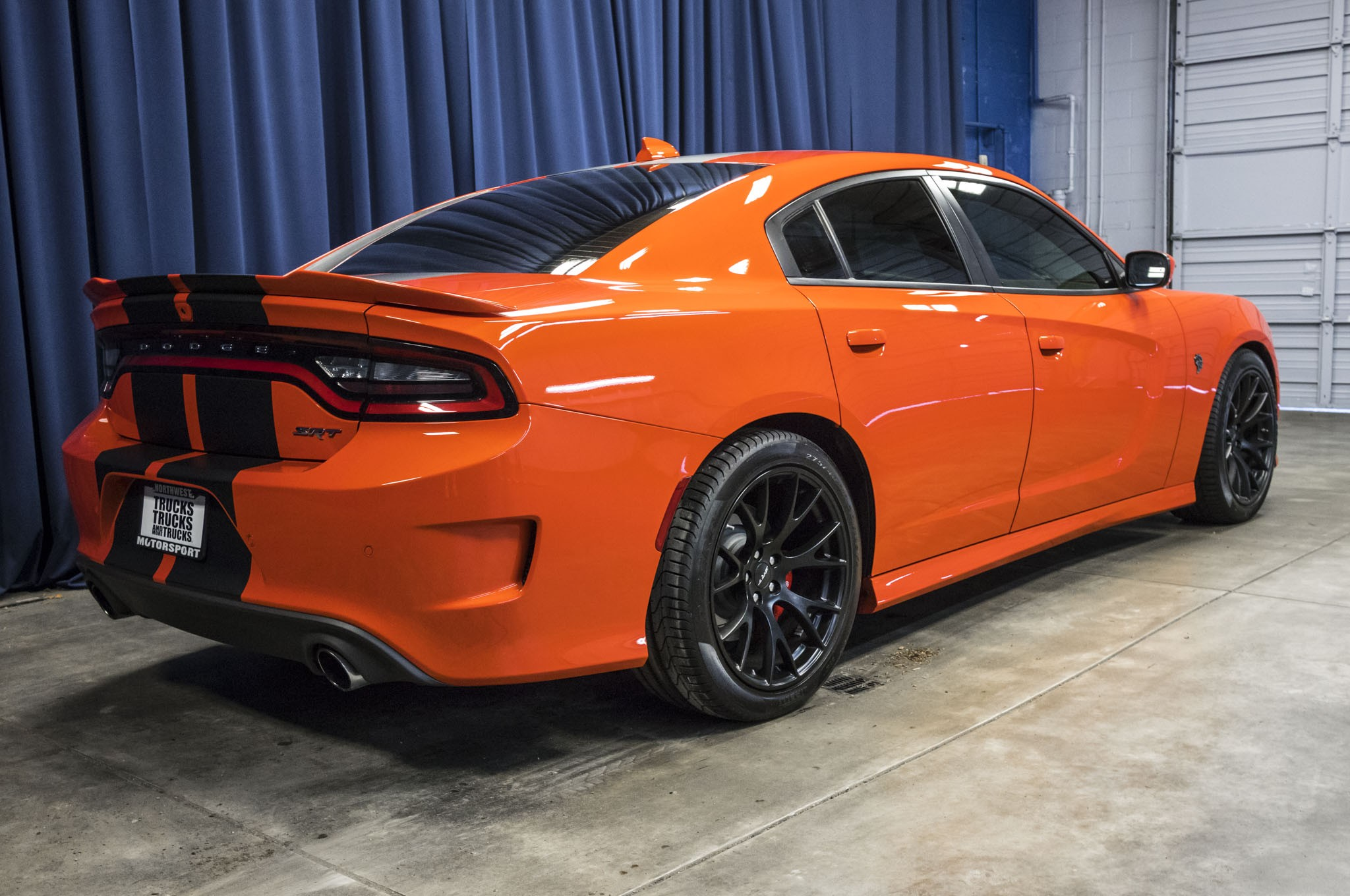 used 2016 dodge charger srt hellcat rwd sedan for sale 43944. Black Bedroom Furniture Sets. Home Design Ideas