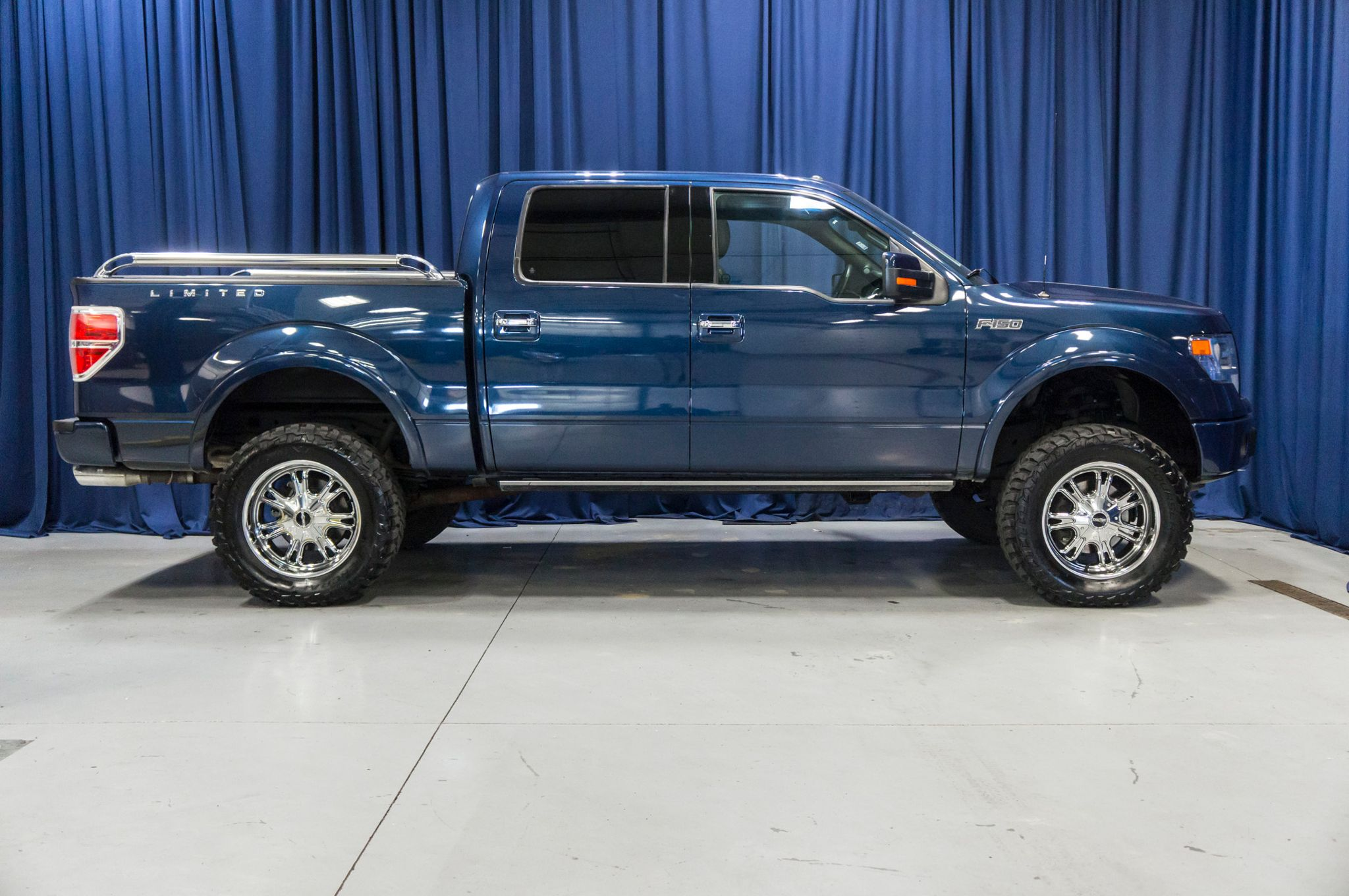 used lifted 2014 ford f 150 limited 4x4 truck for sale 44675. Black Bedroom Furniture Sets. Home Design Ideas