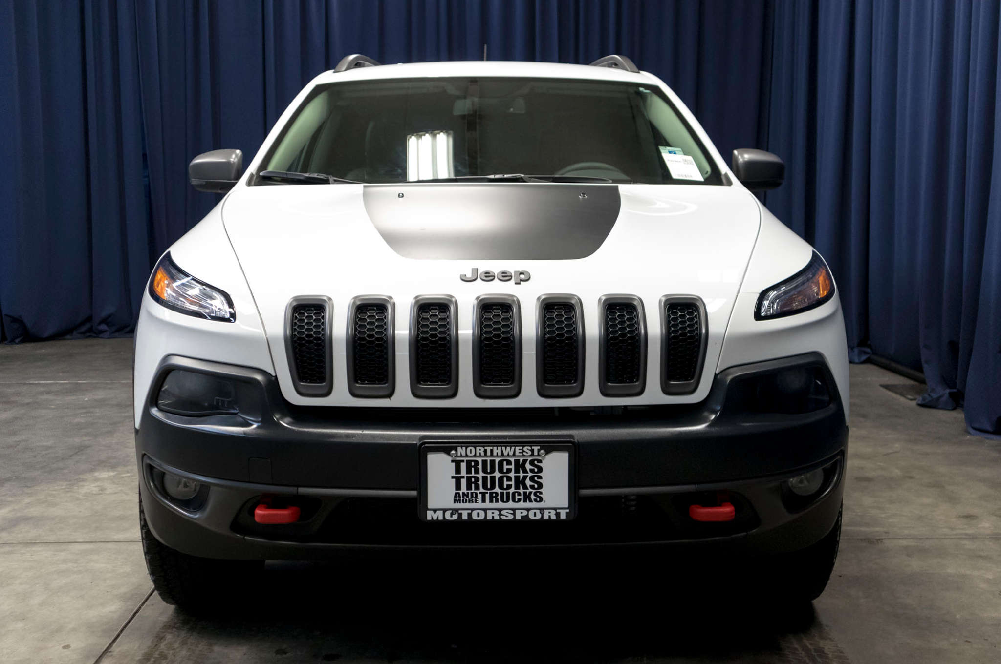 vehicles red photo vehiclesearchresults deer used jeep vehicle cherokee in ab sale for
