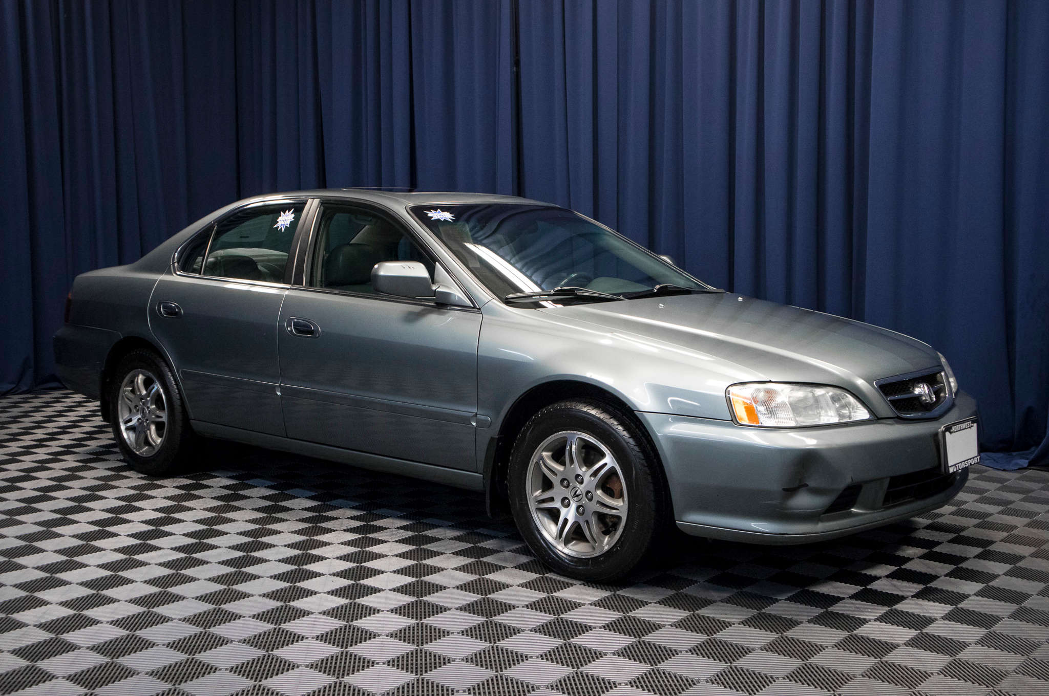 in white graham carfinder auctions online acura vehicle ownership tl on view wa cert left copart for titl of en sale auto lot