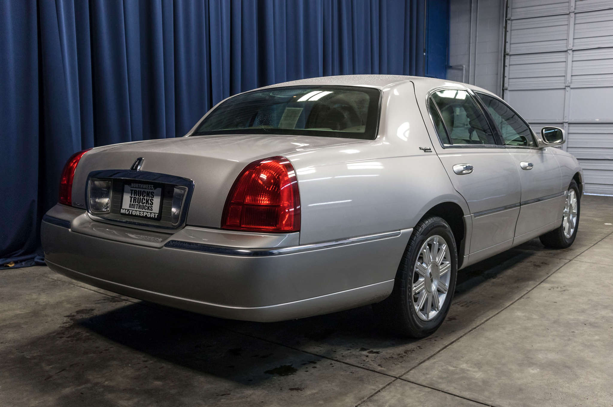 sale for car orig baby executive town owner miles watch limo lincoln