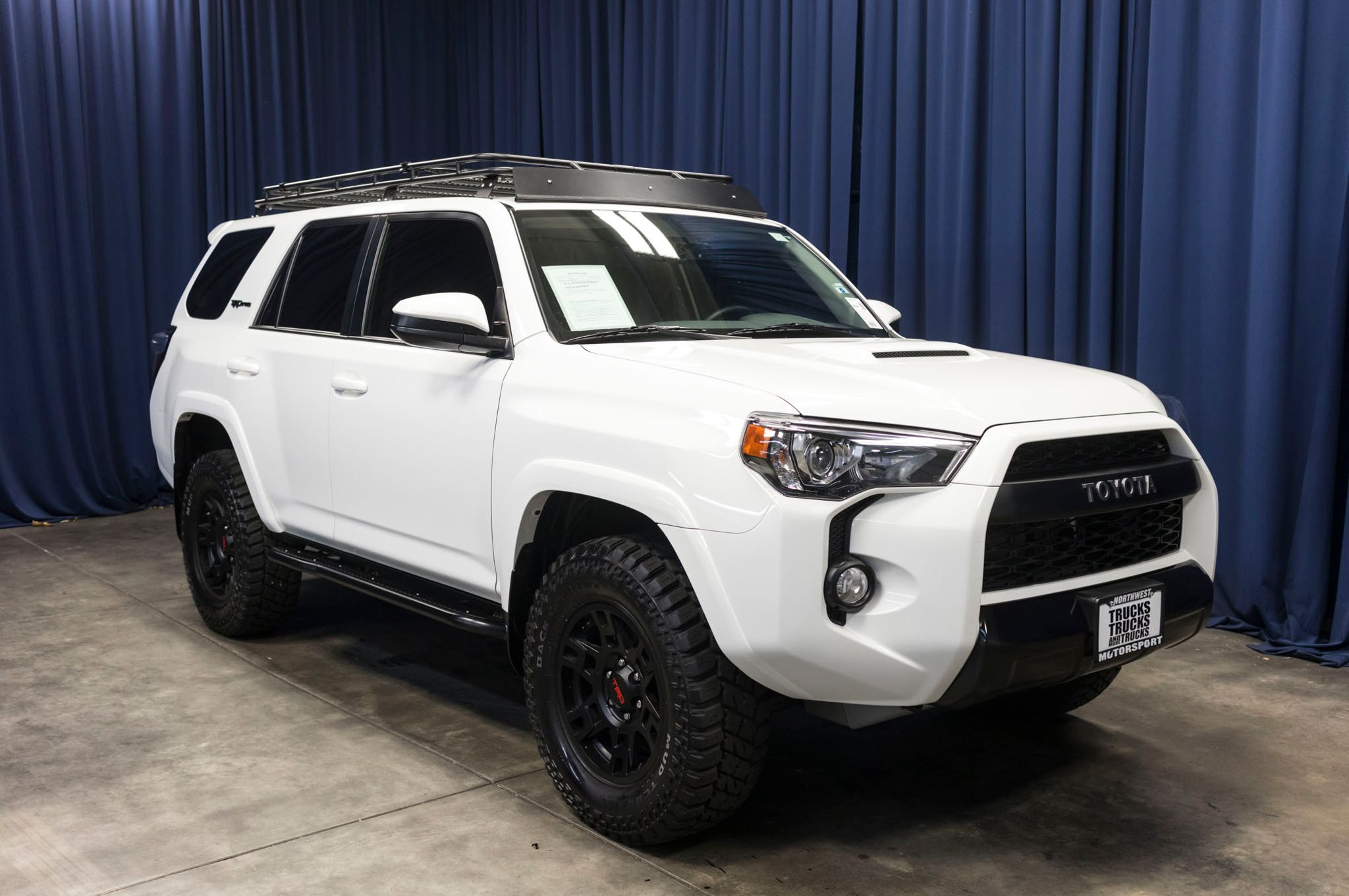used 2017 toyota 4runner trd pro 4x4 suv for sale 46044. Black Bedroom Furniture Sets. Home Design Ideas