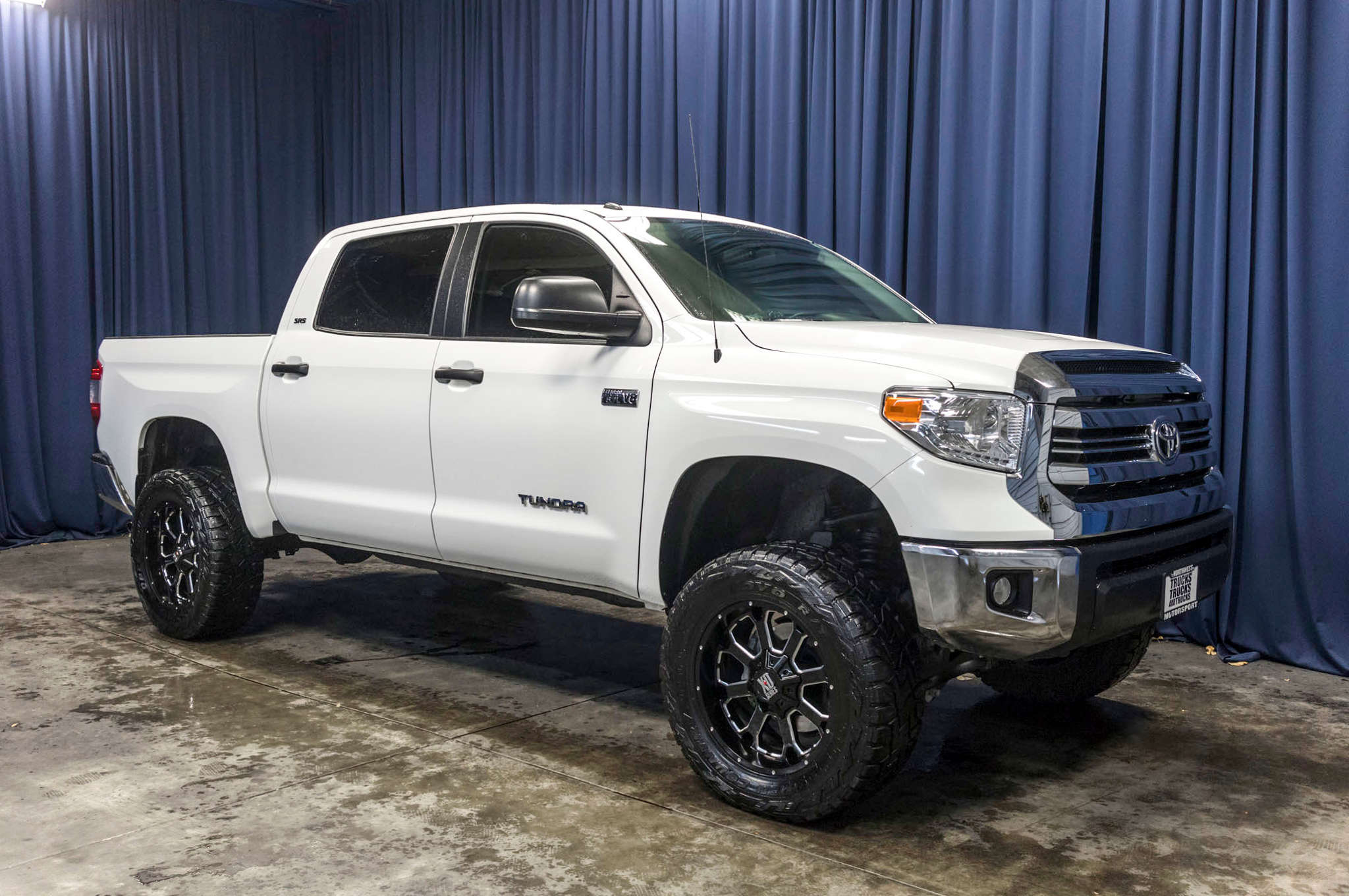 Used Lifted 2016 Toyota Tundra SR5 4x4 Truck For Sale