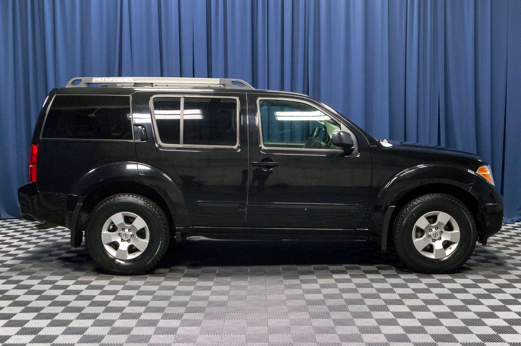 gurnee sale mchenry silver pathfinder auto htm kenosha nissan suv used washington se