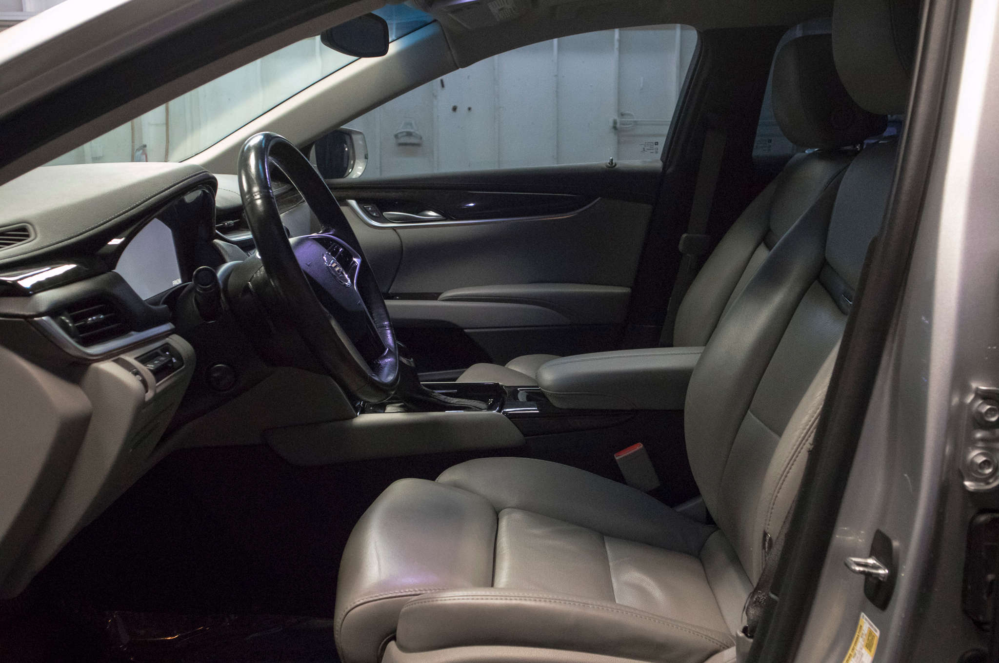 eagle sale dsc for superior parks sales echelon xts bwg cadillac gallery