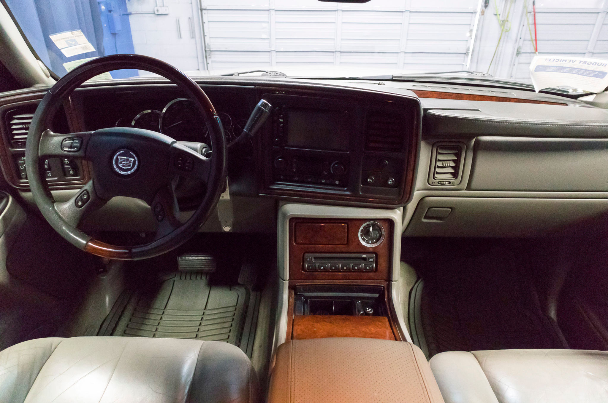 on auto salvage of carfinder columbia view l online copart left cadillac in black sale cert title auctions for lot sc escalade en