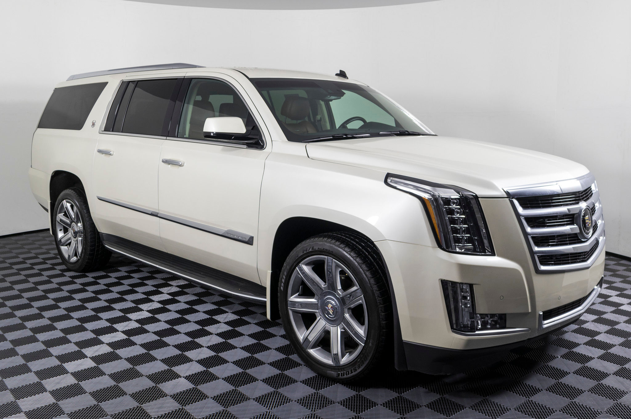 Used 2015 Cadillac Escalade ESV Premium 4x4 SUV For Sale