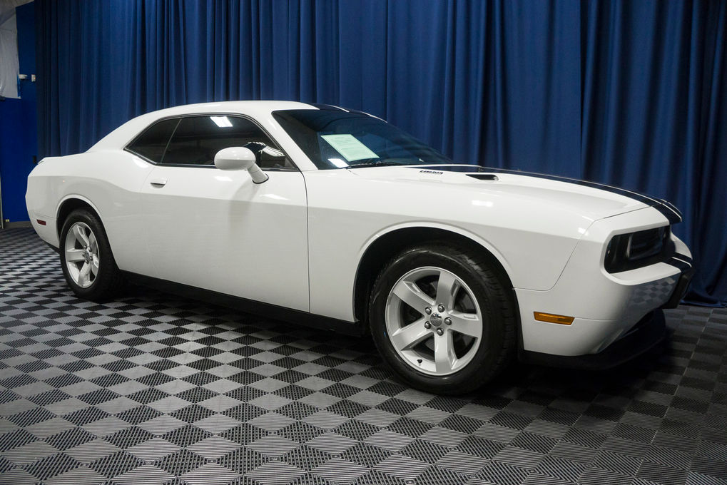 2014 Dodge Challenger R/T Plus RWD