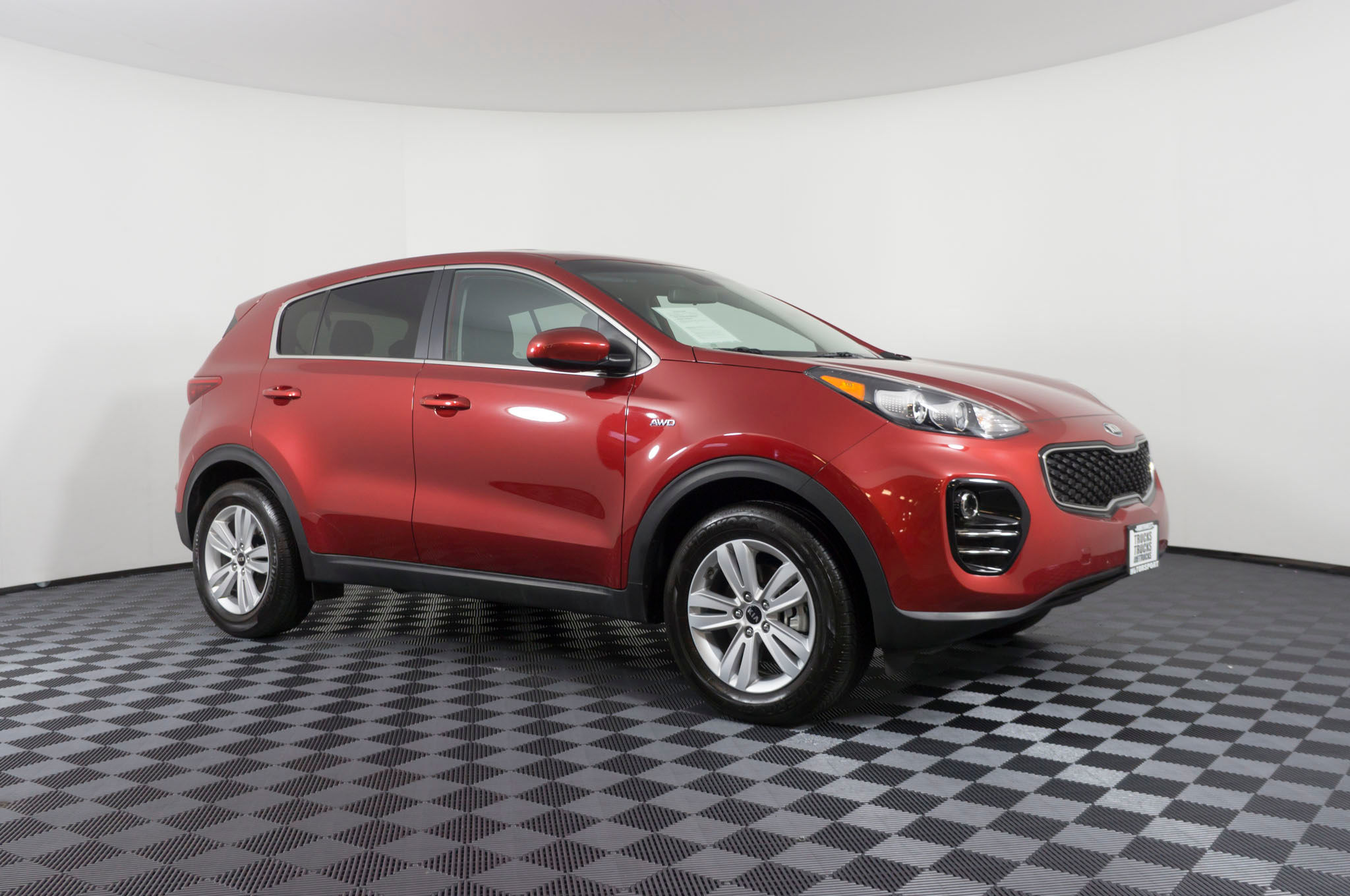 suv three update awd ex term cars sportage motion front quarter kia review long in