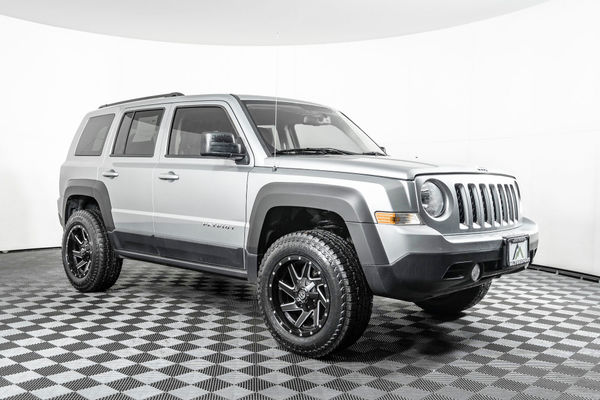 Lifted Jeep Patriot >> Used Lifted 2017 Jeep Patriot Latitude 4x4 Suv For Sale
