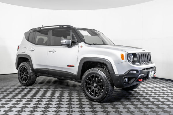 Jeep Renegade Lifted >> Used Lifted 2018 Jeep Renegade Trailhawk 4x4 Suv For Sale