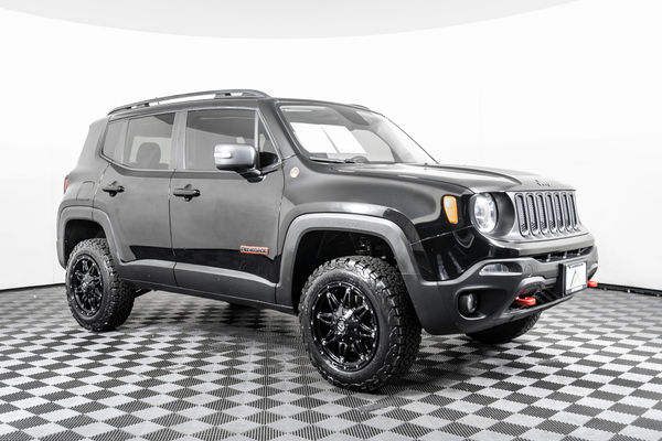 Jeep Renegade Lifted >> Used Lifted 2017 Jeep Renegade Trailhawk 4x4 Suv For Sale