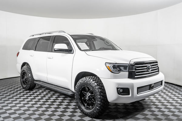 used 2018 toyota sequoia sr5 4x4 suv for sale northwest motorsport used 2018 toyota sequoia sr5 4x4 suv