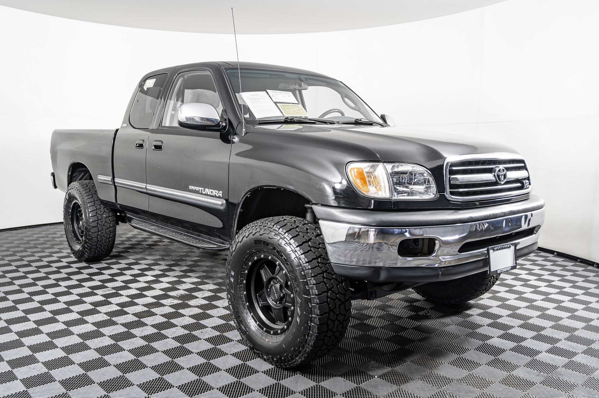 Used Lifted 2000 Toyota Tundra Sr5 4x4 Truck For Sale Northwest Motorsport